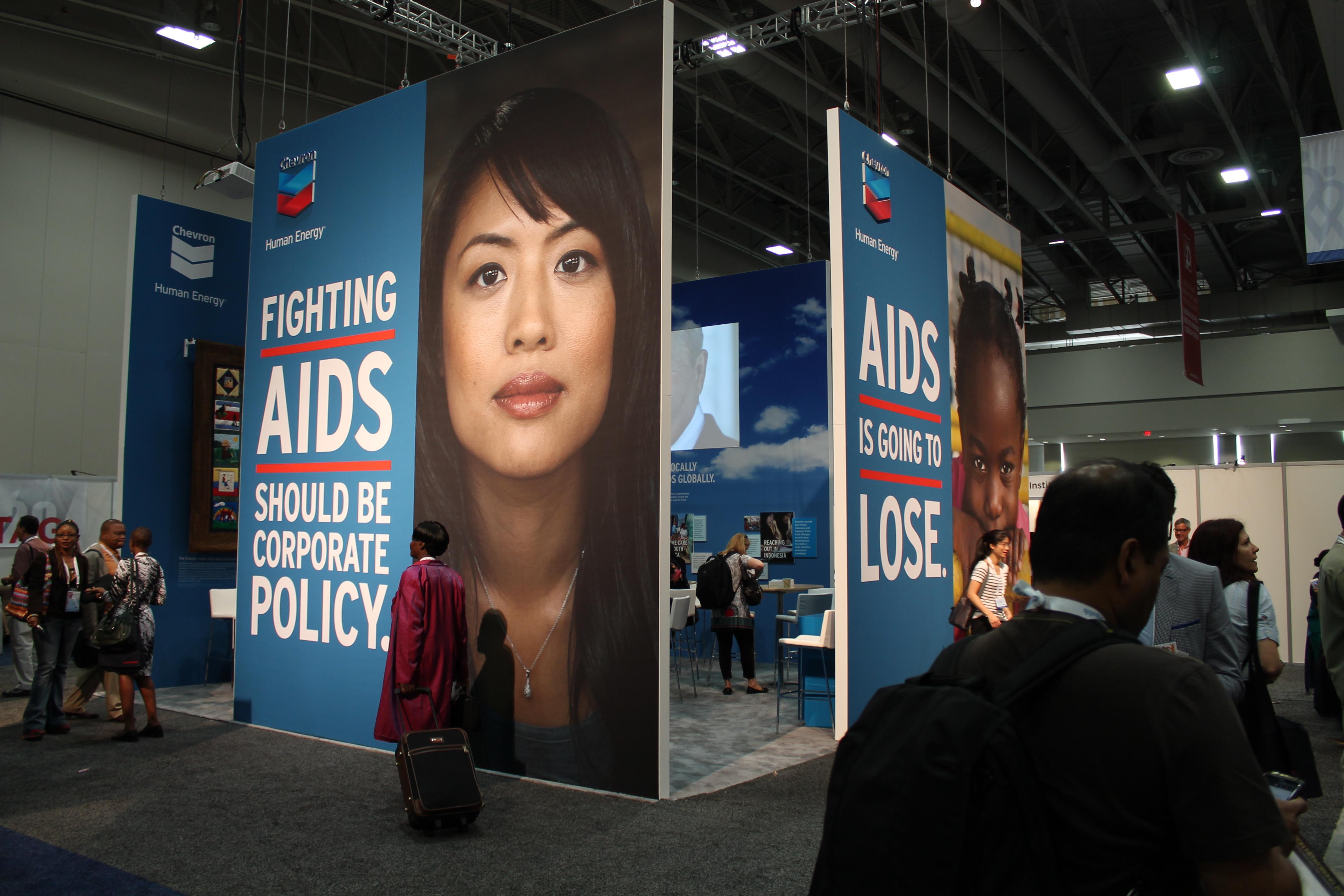 Exhibition Booth Wiki : File chevron exhibition booth at international aids