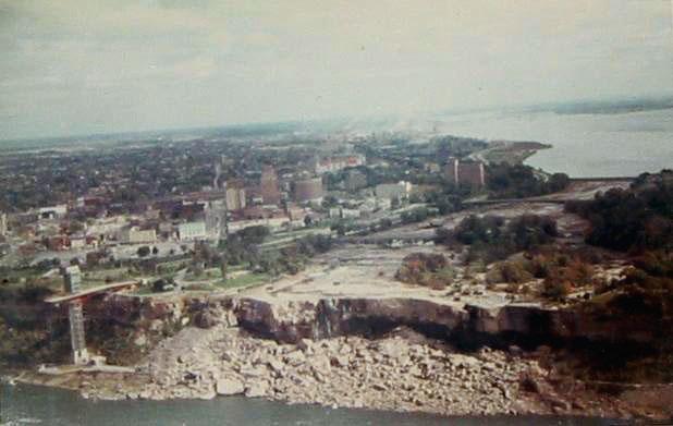 File:Dryniagara.jpg