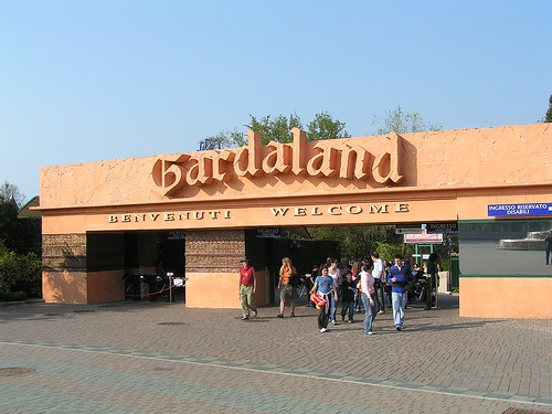 Entrance_of_Gardaland.jpg