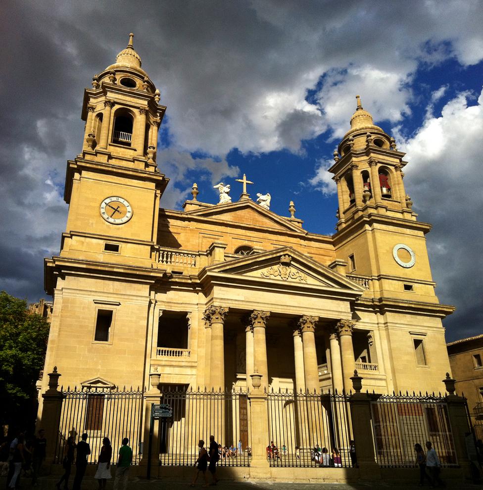 Pamplona Cathedral - Wikipedia