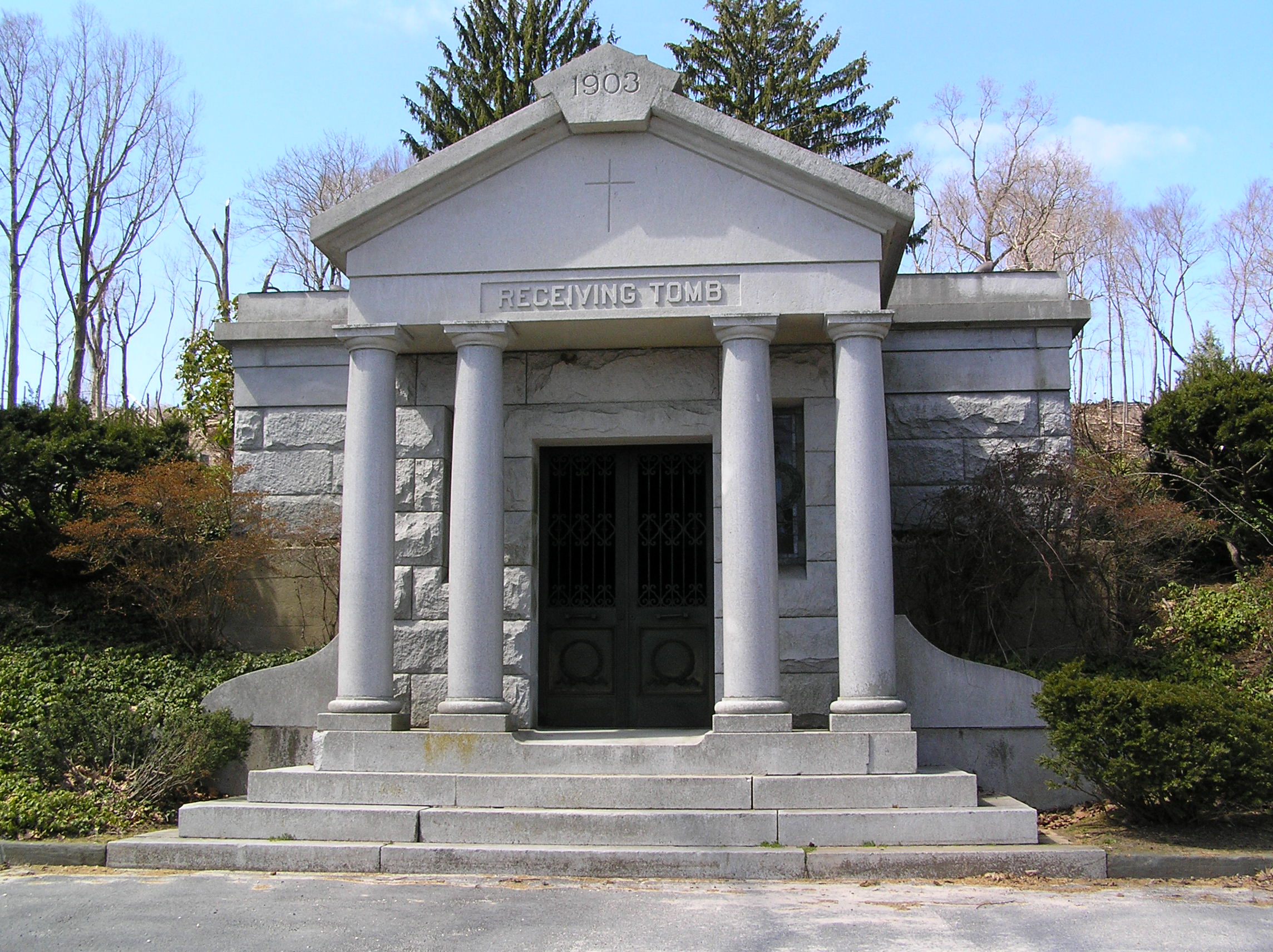 Valhalla ny Cemetery Gate Heaven File Gate of Heaven Cemetery
