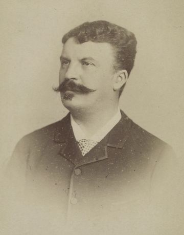 Soubor:Guy de Maupassant photo portrait young.jpg