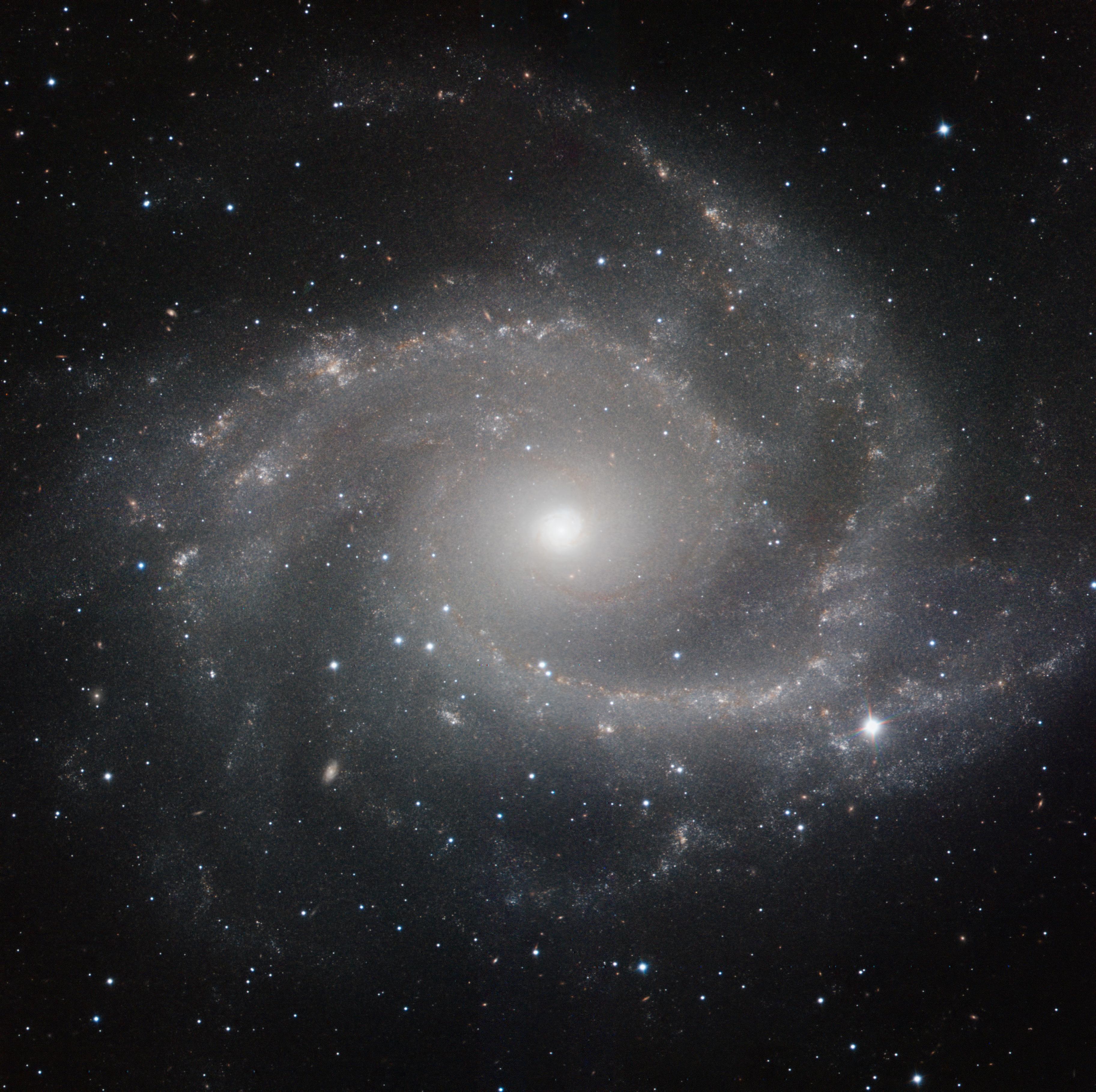 HAWK-I NGC 2997.jpg