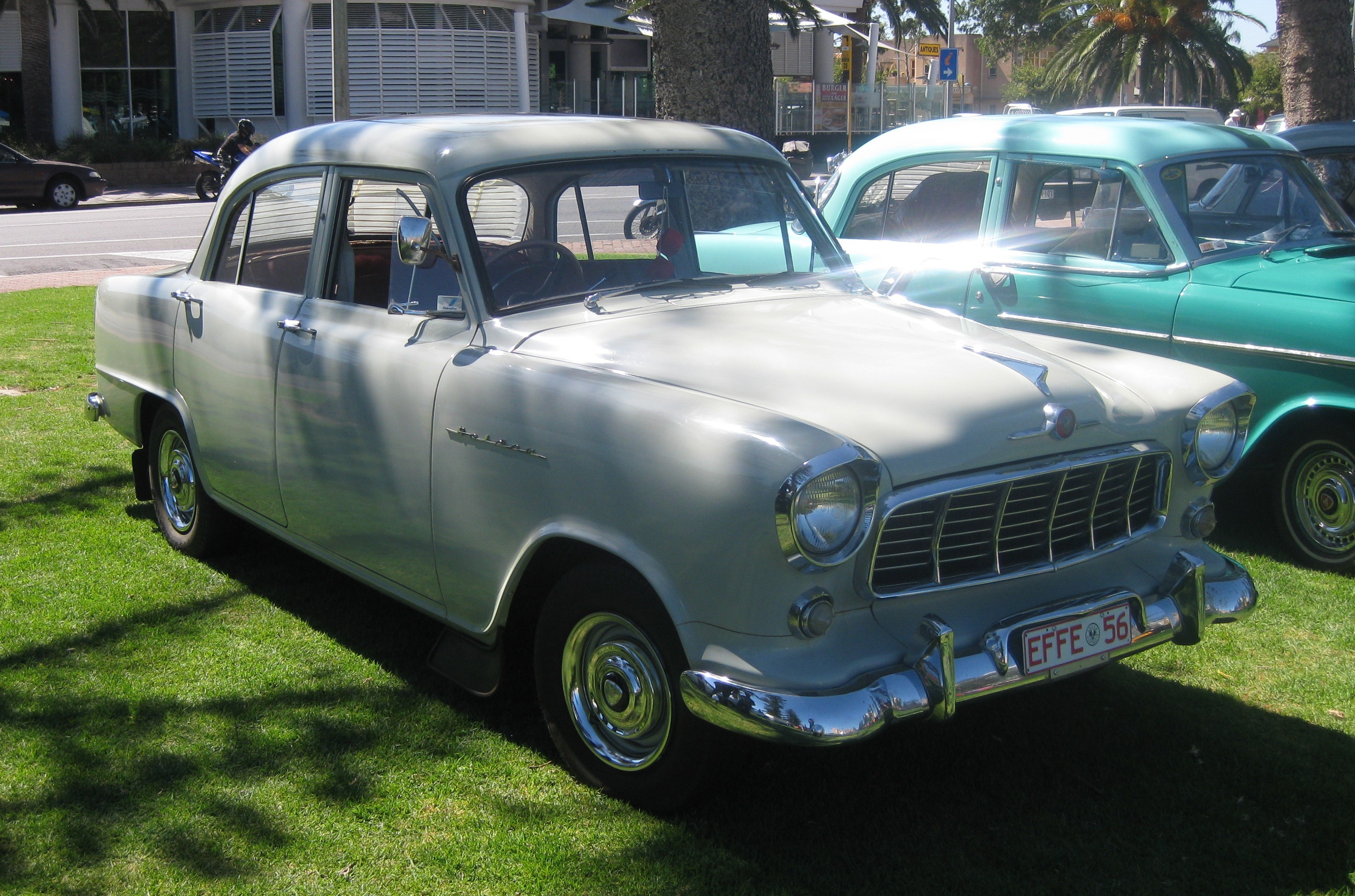 File Holden Fe Standard Sedan 1956 Jpg Wikimedia Commons