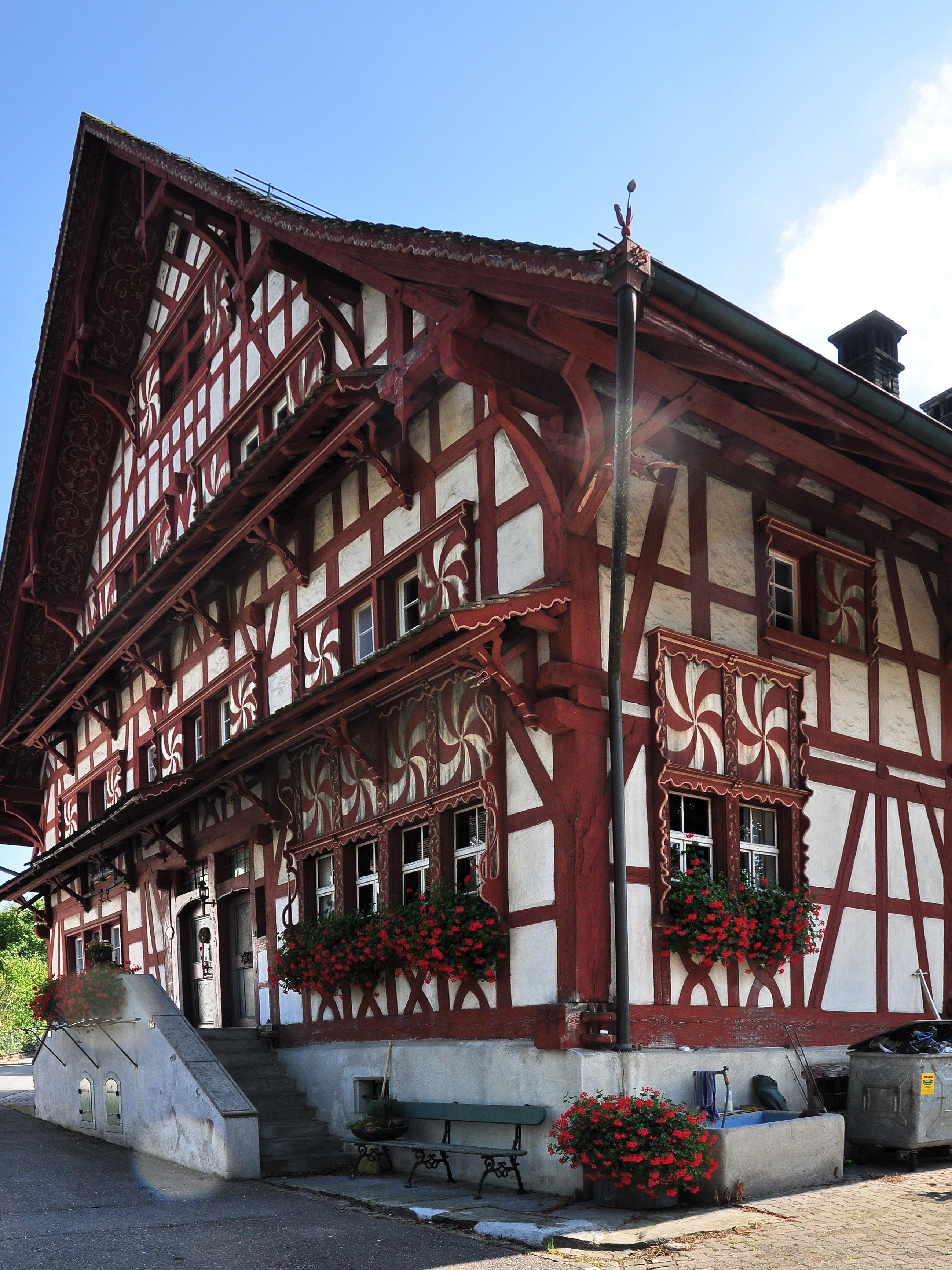 File hombrechtikon sogenanntes eglihaus lutikon 1 3 for Fachwerk wiki