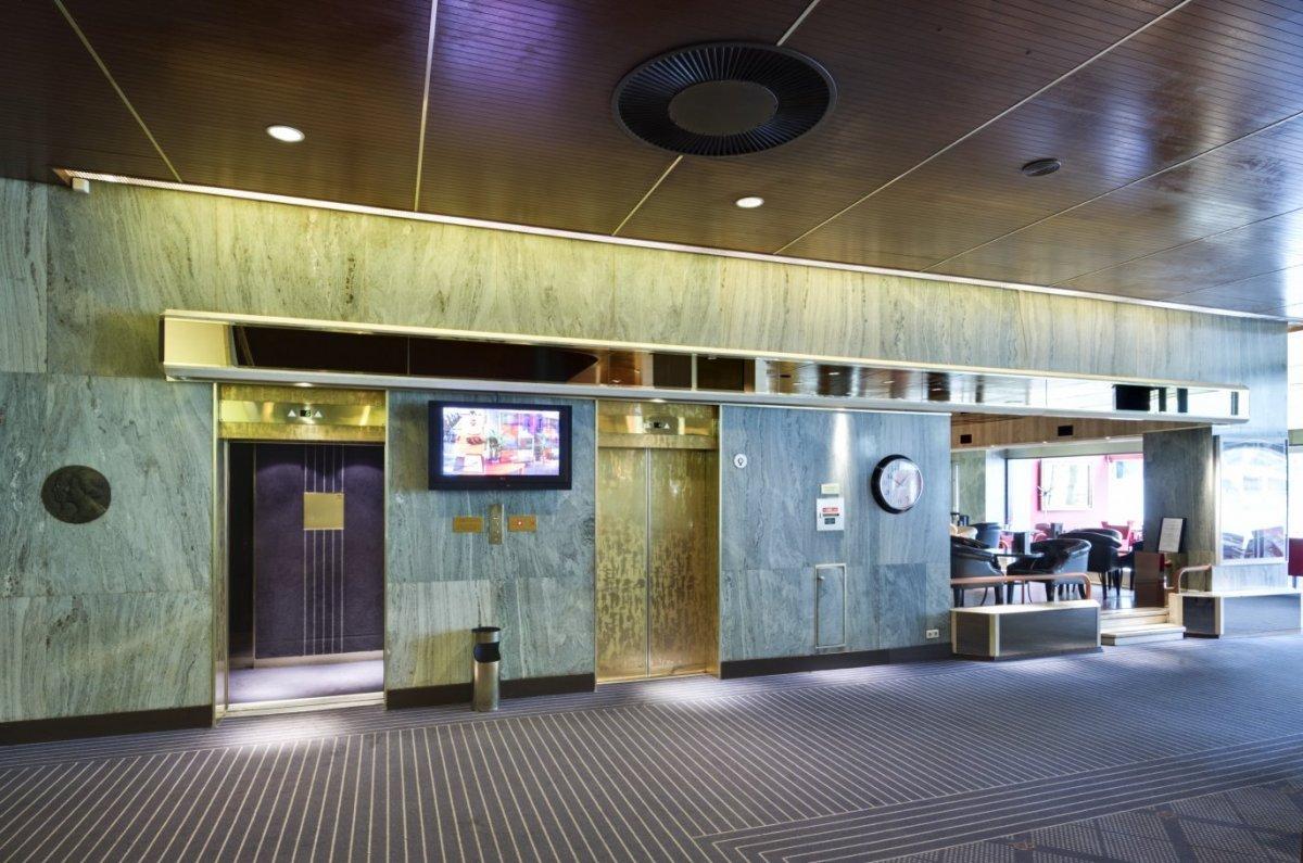 File interieur overzicht van liftpartij rotterdam for Interieur rotterdam