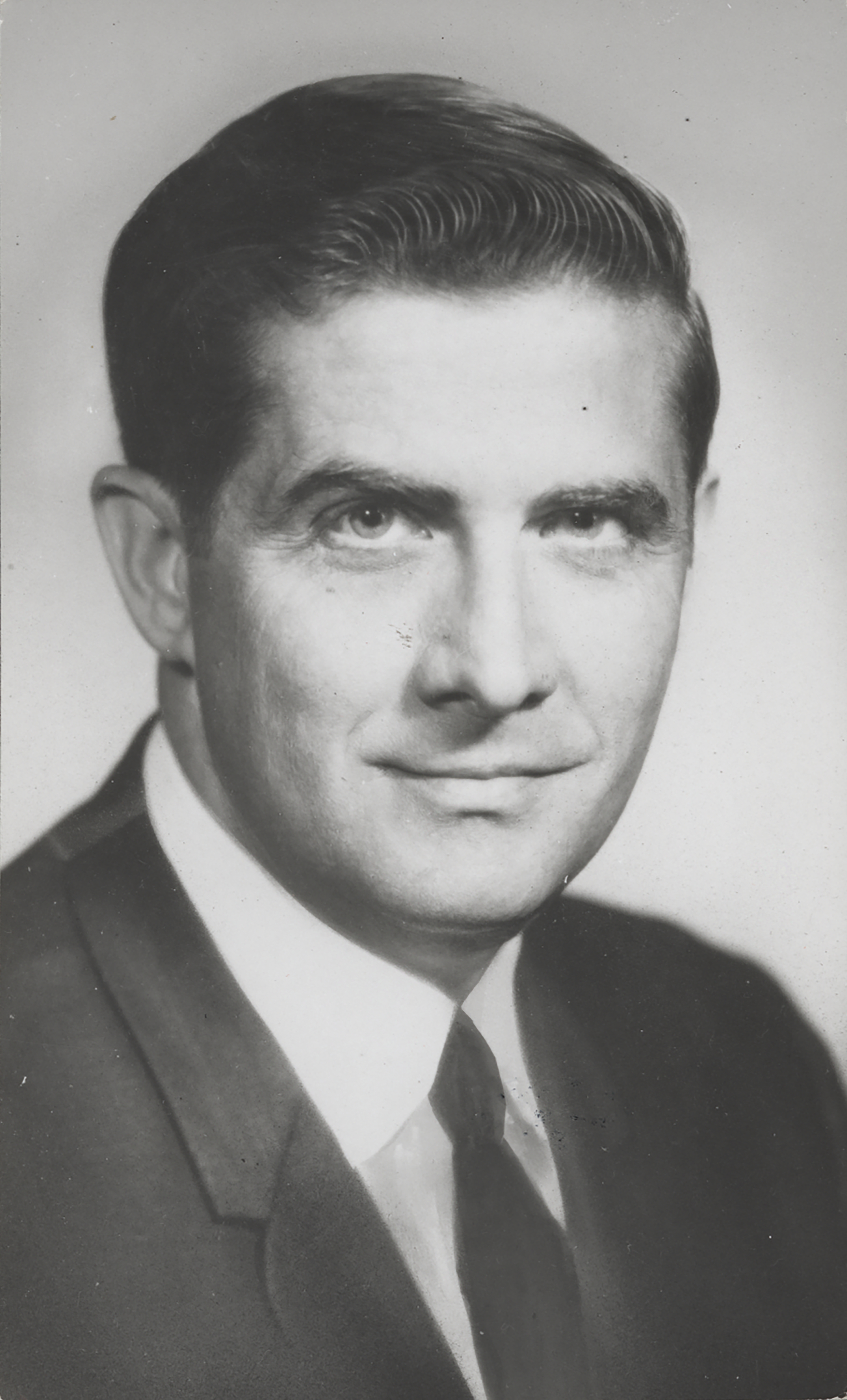 Lawrence J Hogan 93rd Congressional Pictorial Directory.jpg
