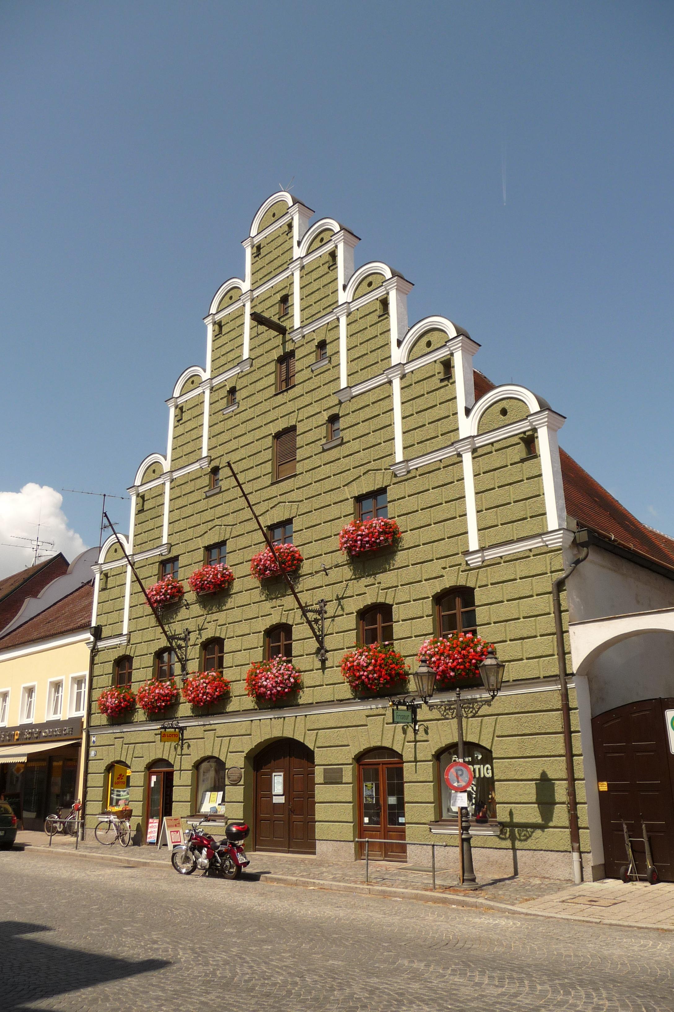 Loichingerhaus%2C_Geiselhöring.JPG