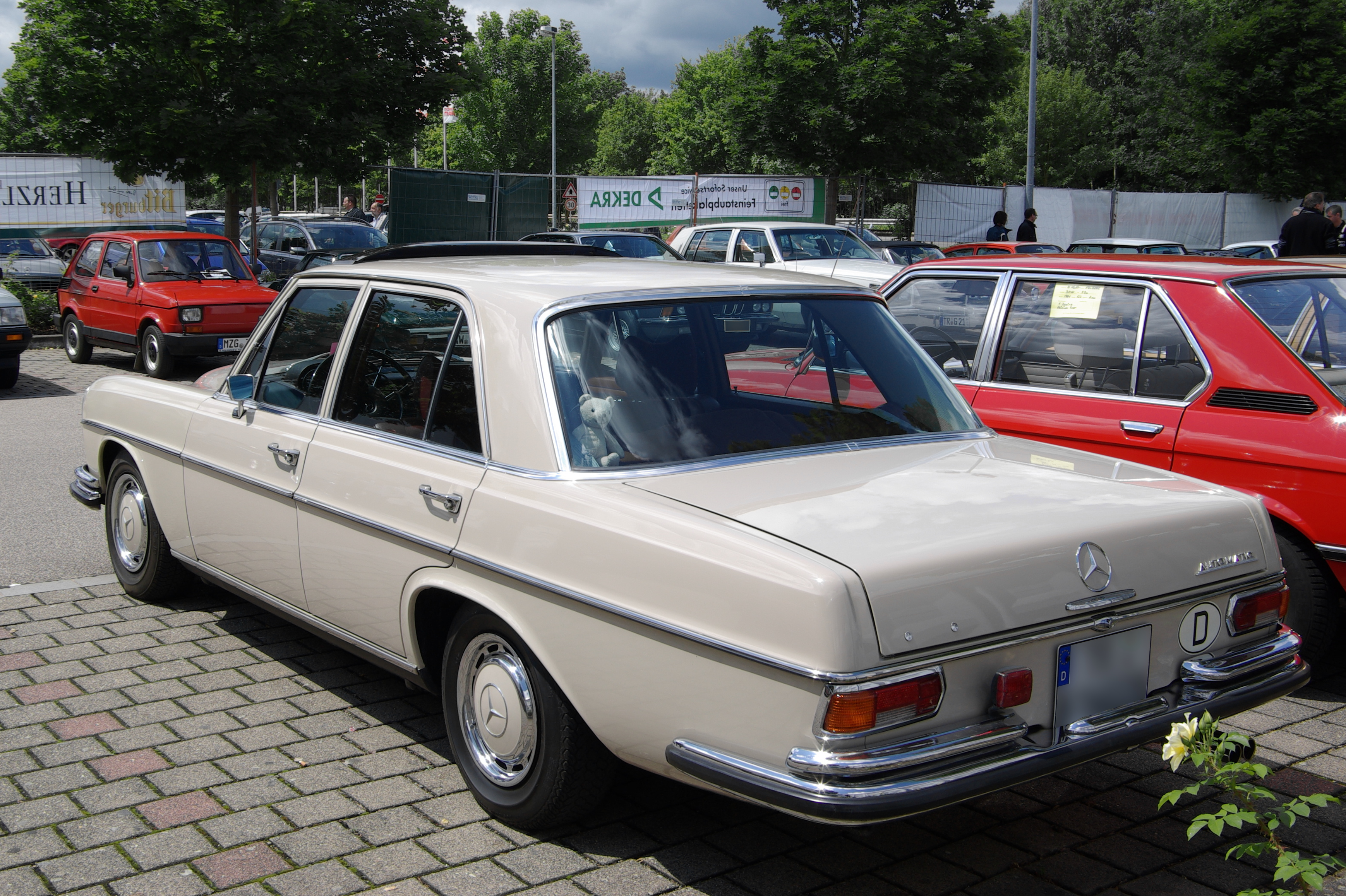File mercedes benz w108 2012 07 15 13 26 10 jpg for Mercedes benz 108