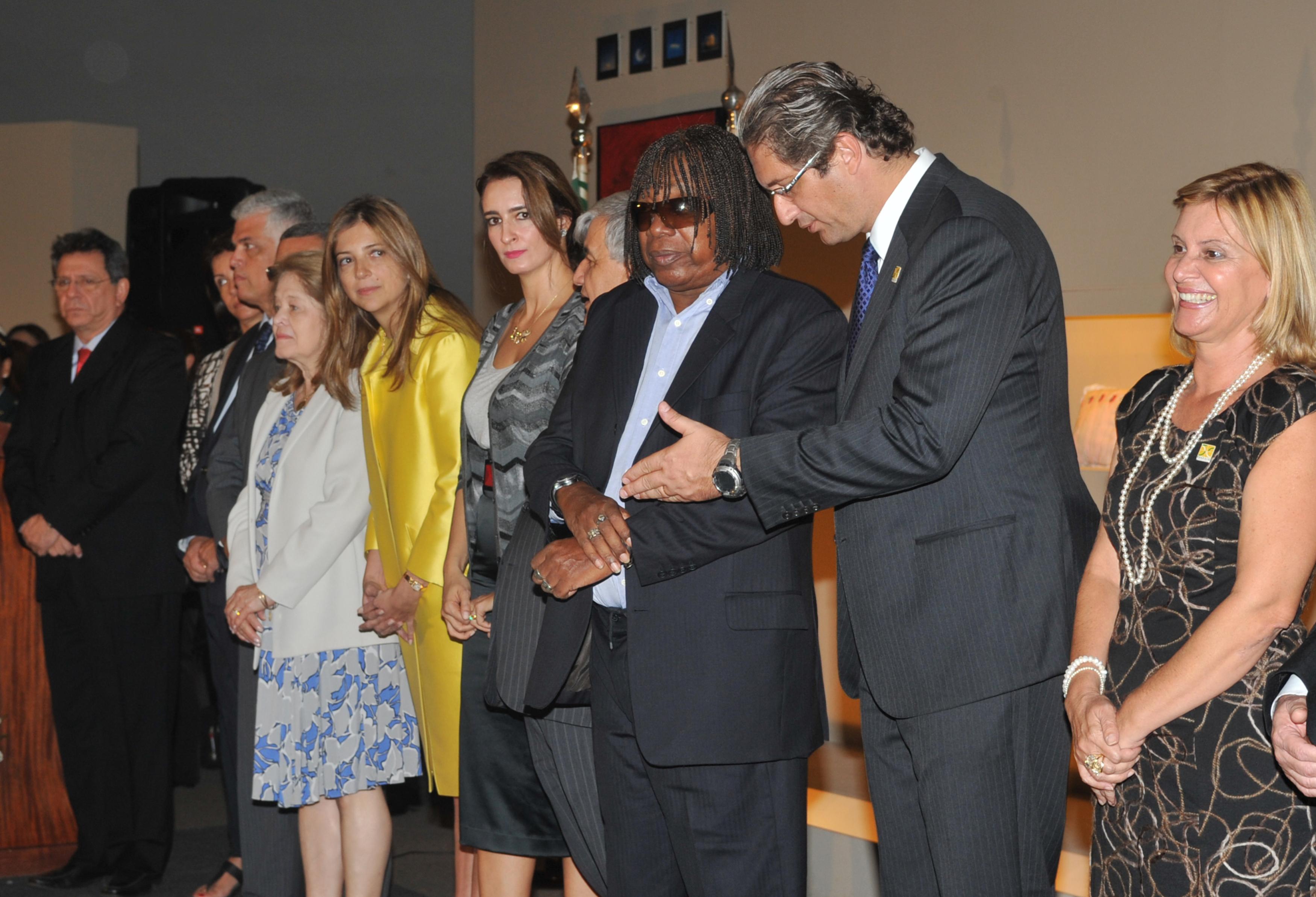 Milton Nascimento Brasilia File:milton Nascimento e