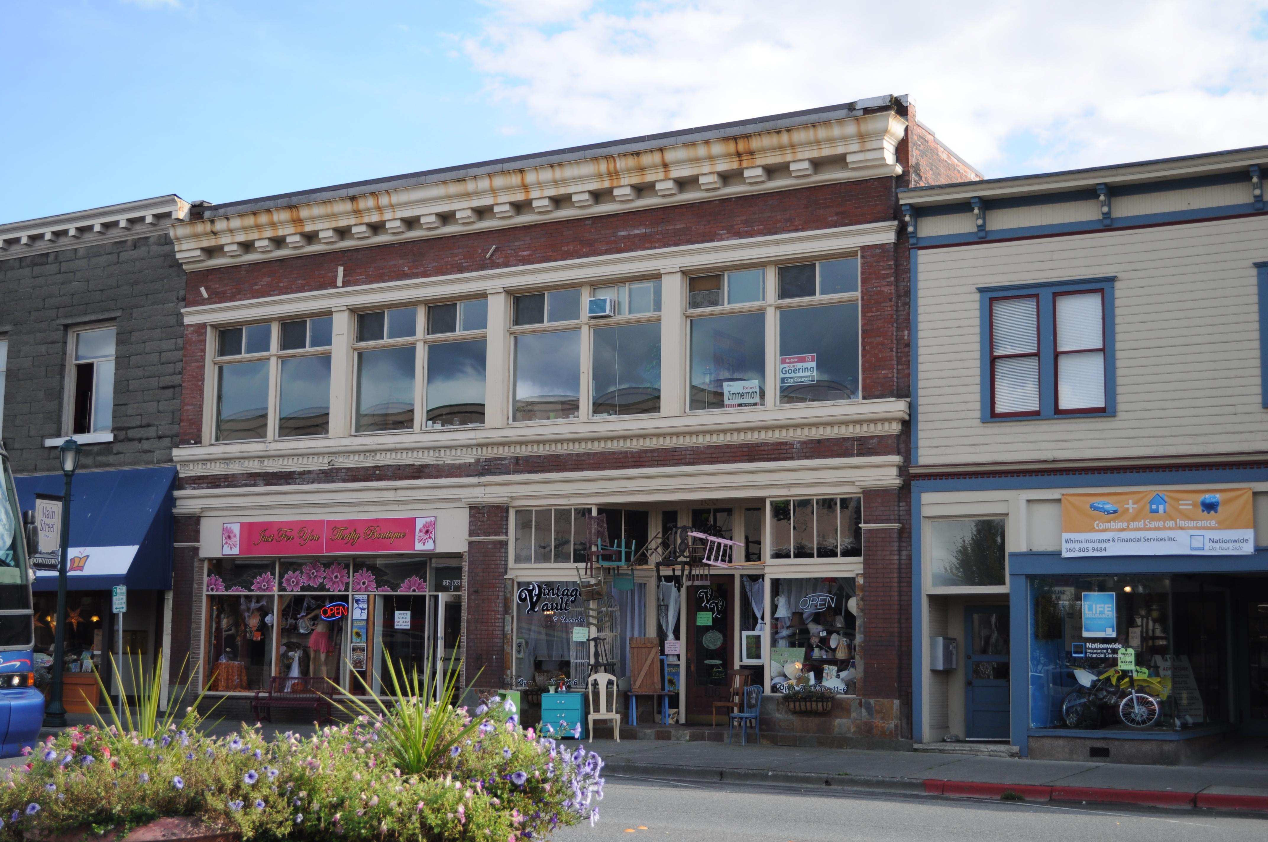 File:Monroe, WA - 106-108 E. Main St.jpg