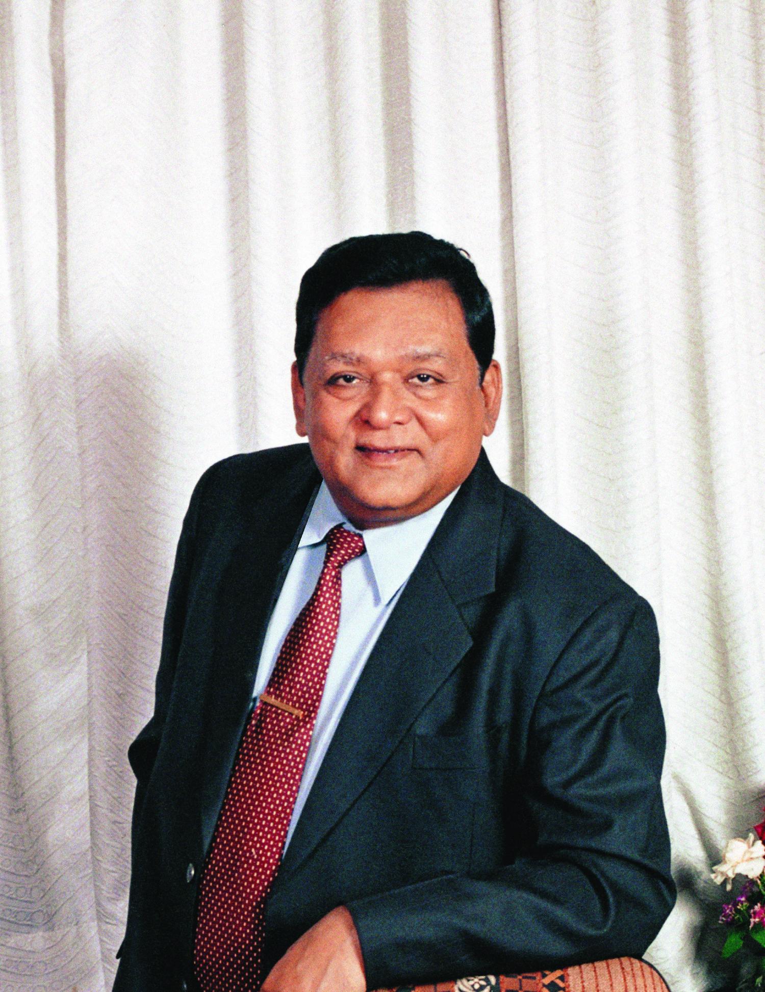 Anil Manibhai Naik - Wikipedia