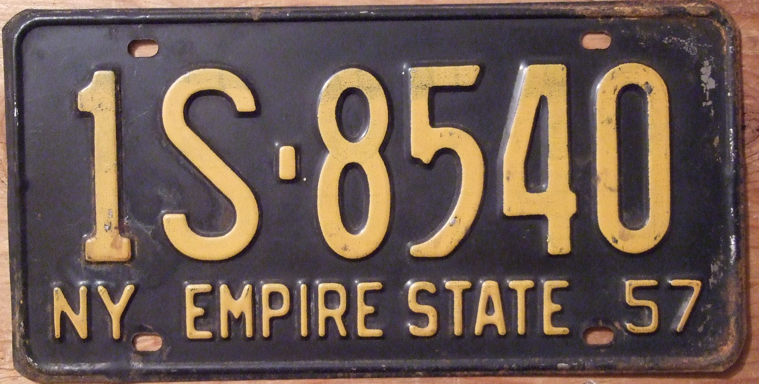 File:NEW YORK 1957 LICENSE PLATE, STANDARD 12 X 6 INCH SIZE - Flickr ...