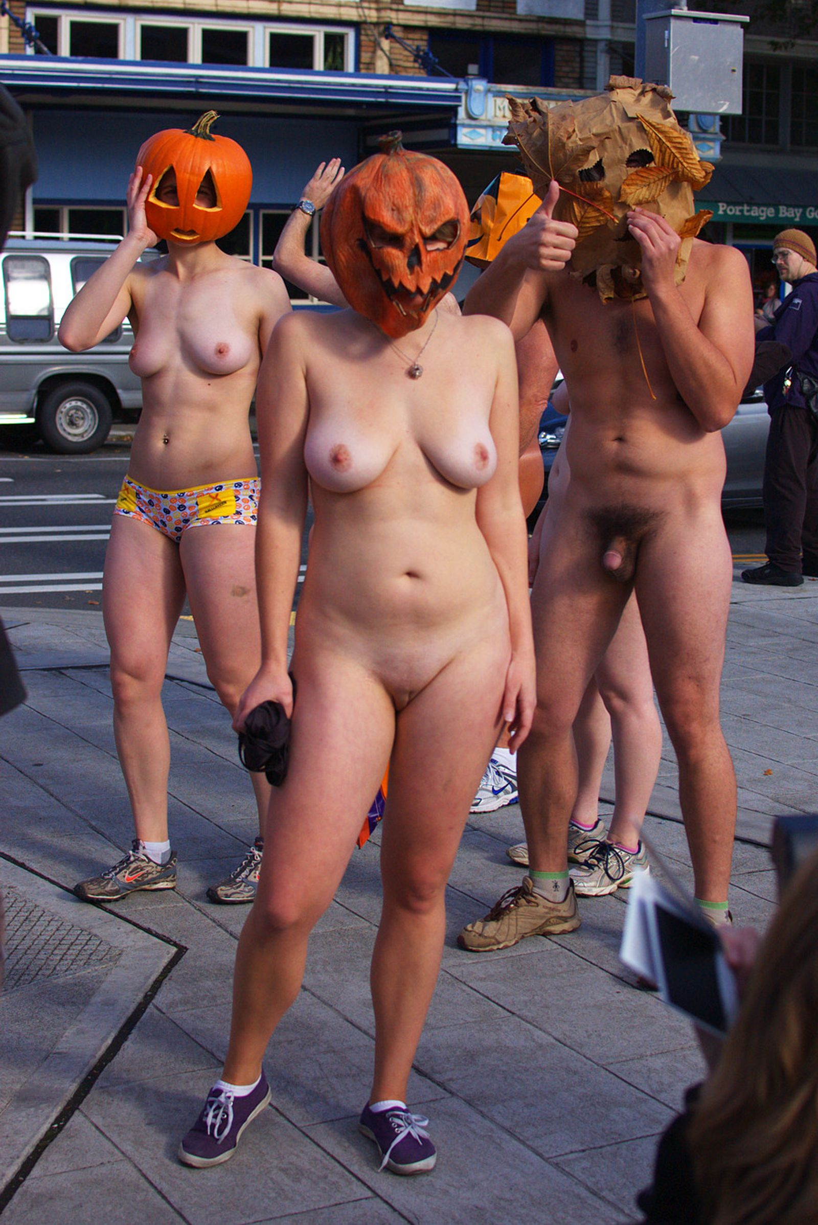 Naked Pumpkin Run 2010