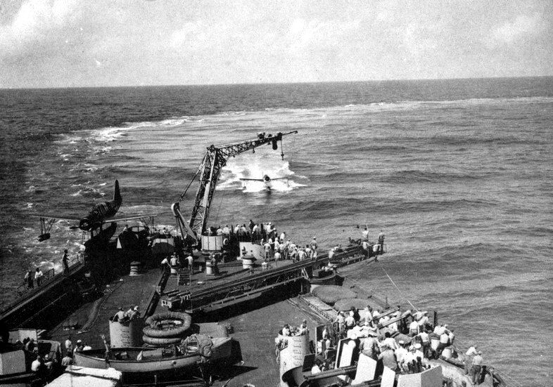 OS2U_returning_to_USS_Massachusetts_%28B