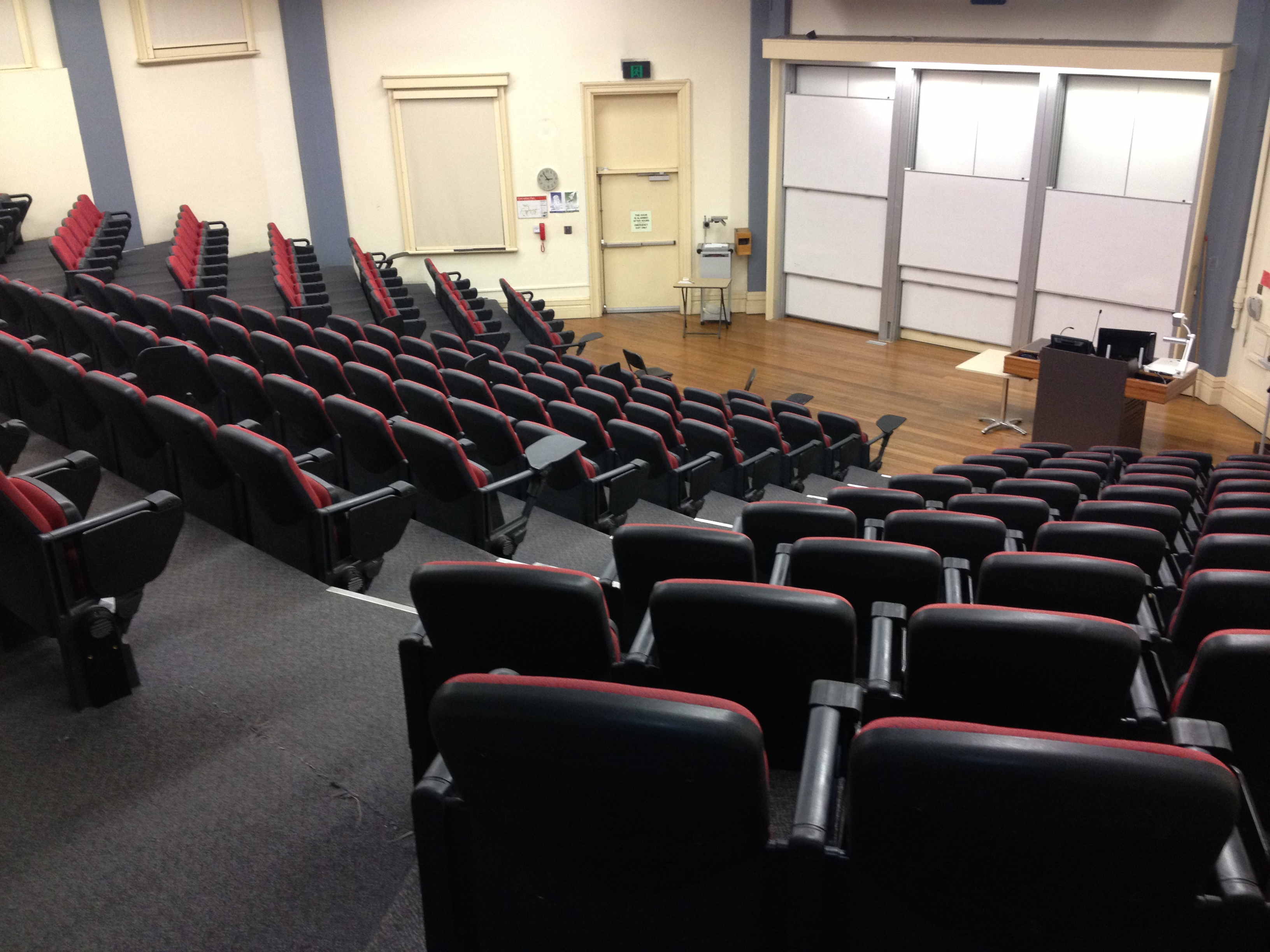 File:Old Geology Lecture Theatre, Sydney University.JPG ...