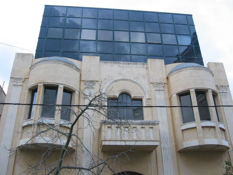 בנין בנחלת בנינין בתל אביב