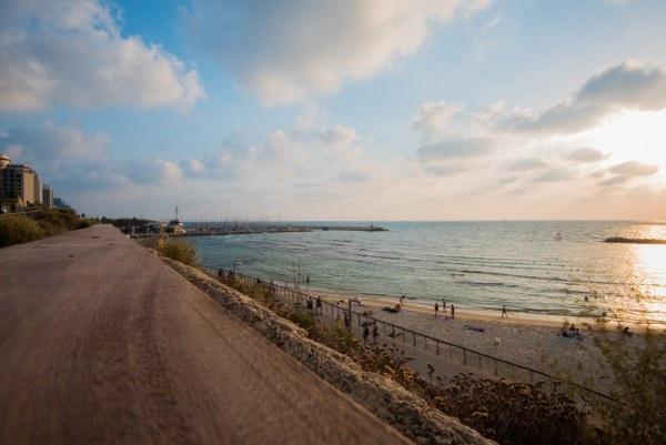 חוף תל אביב