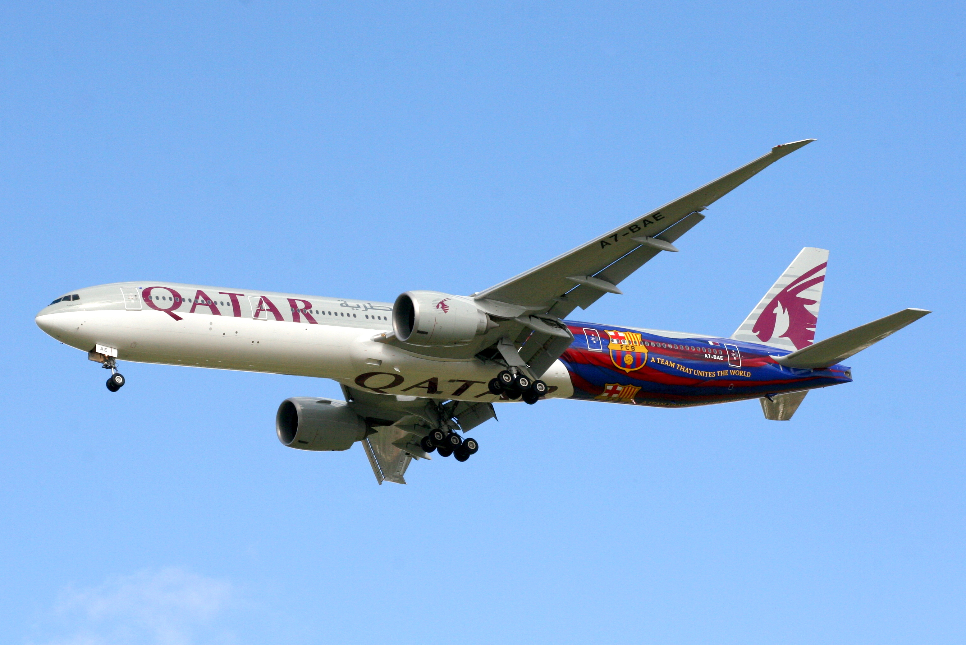Qatar airways 777 300er for Oficina qatar barcelona