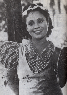 Rita Montaner in 1938 during shooting of El romance del palmar RitaD.jpg