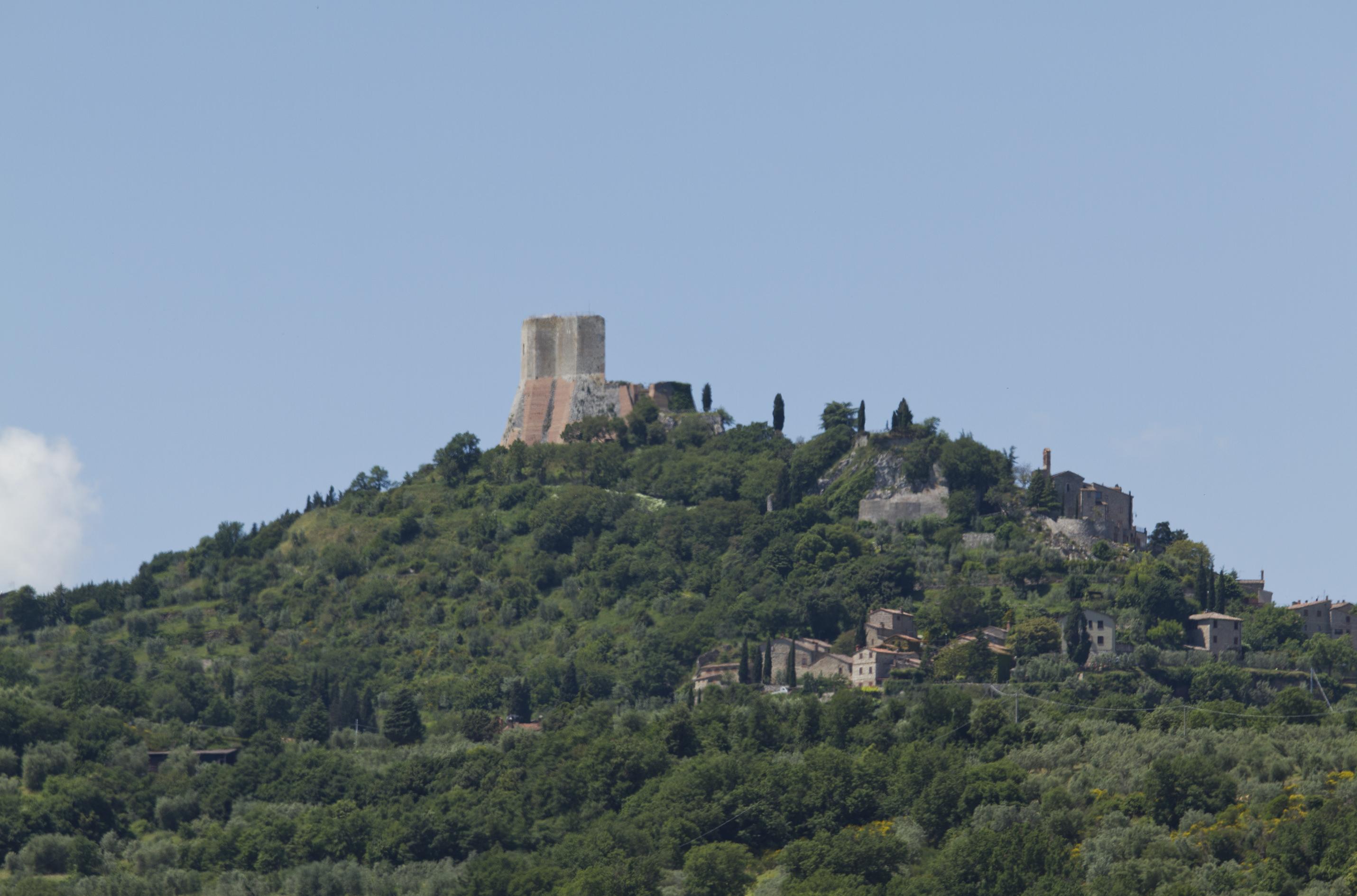 Rocca d'Orcia, Castiglione d'Orcia, Siena, Italia - panoramio.jpg