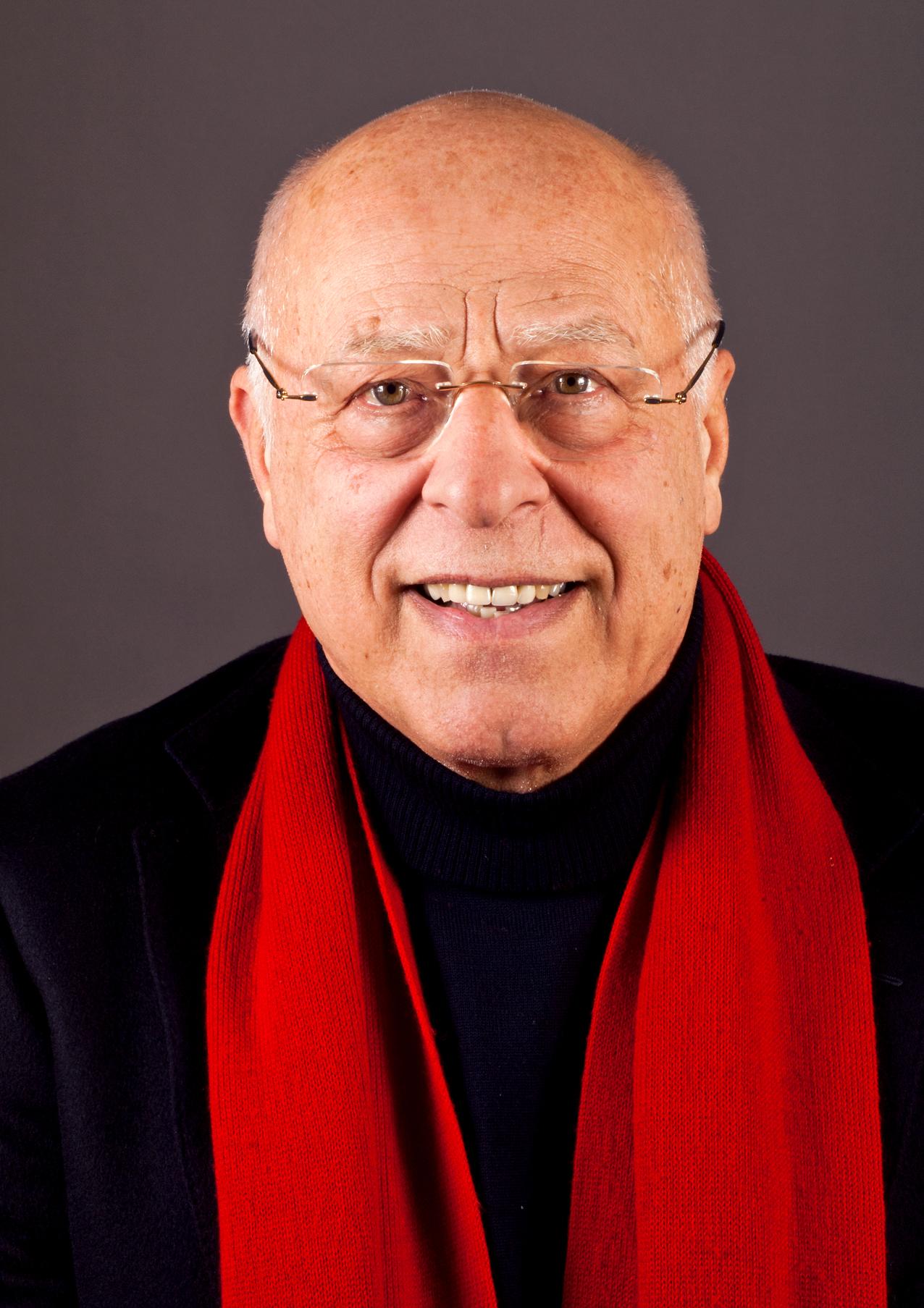 Prof. Vietta