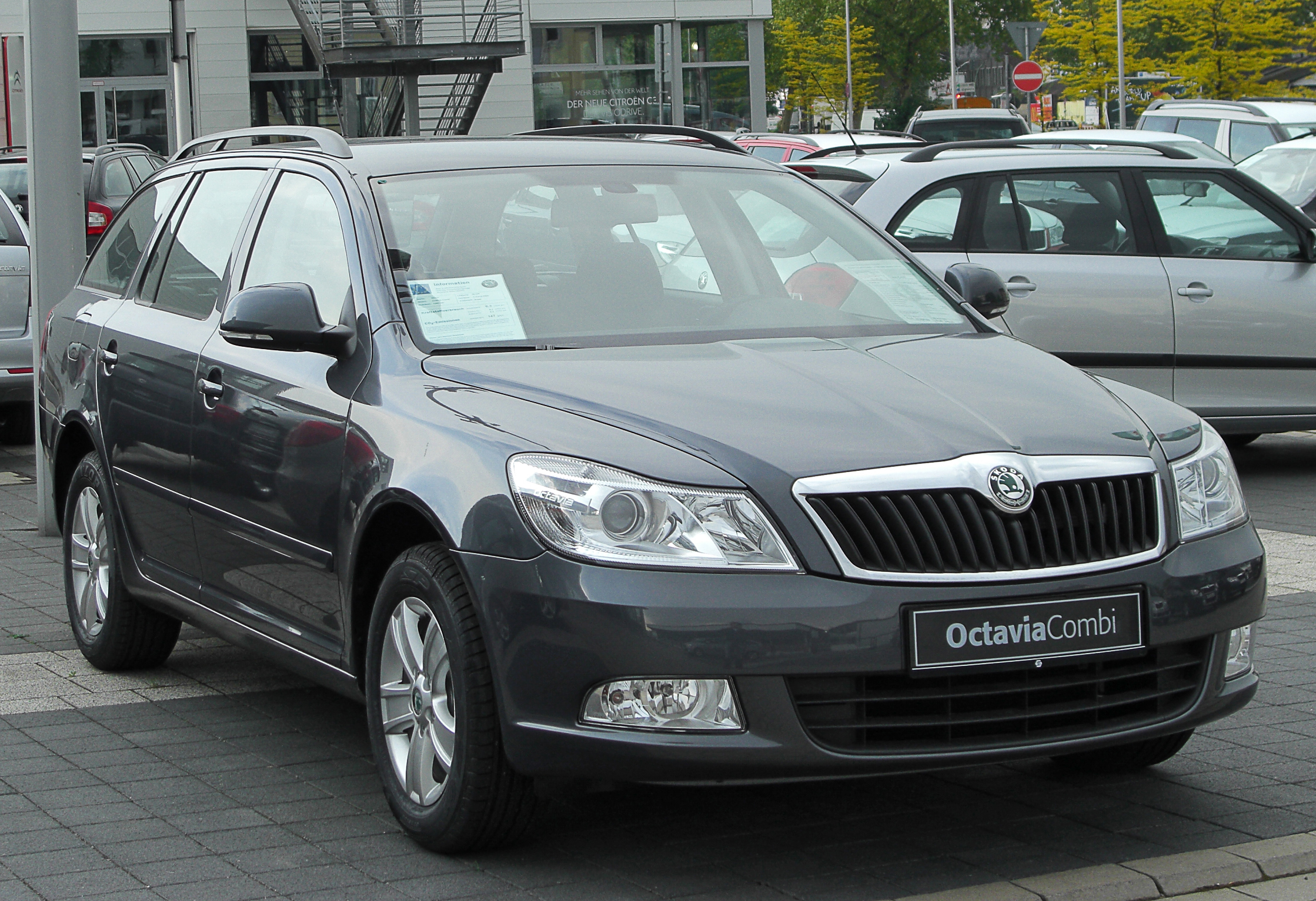 file skoda octavia ii combi facelift front. Black Bedroom Furniture Sets. Home Design Ideas