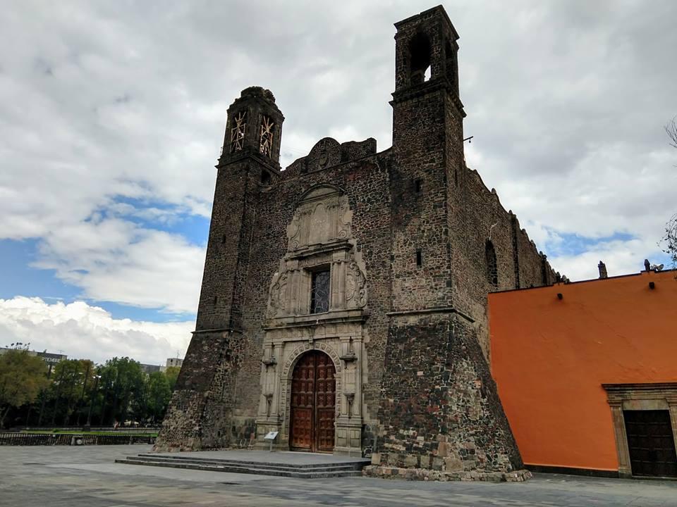 Archivo:TEMPLO CATOLICO DE SANTIAGO ( CONSTRUCCIÓN ESPAÑOLA ).jpg ...