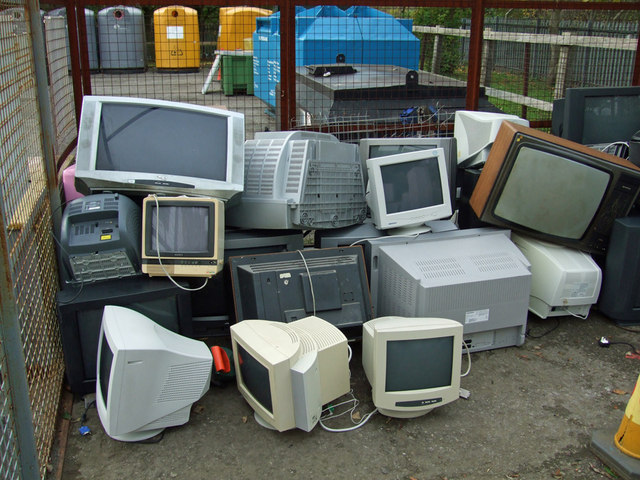 TV and Computer Monitor Recycling Pen - geograph.org.uk - 1025508