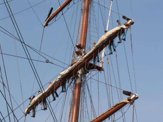 File Tall Ship Rigging In Amsterdam Close Jpg Wikimedia