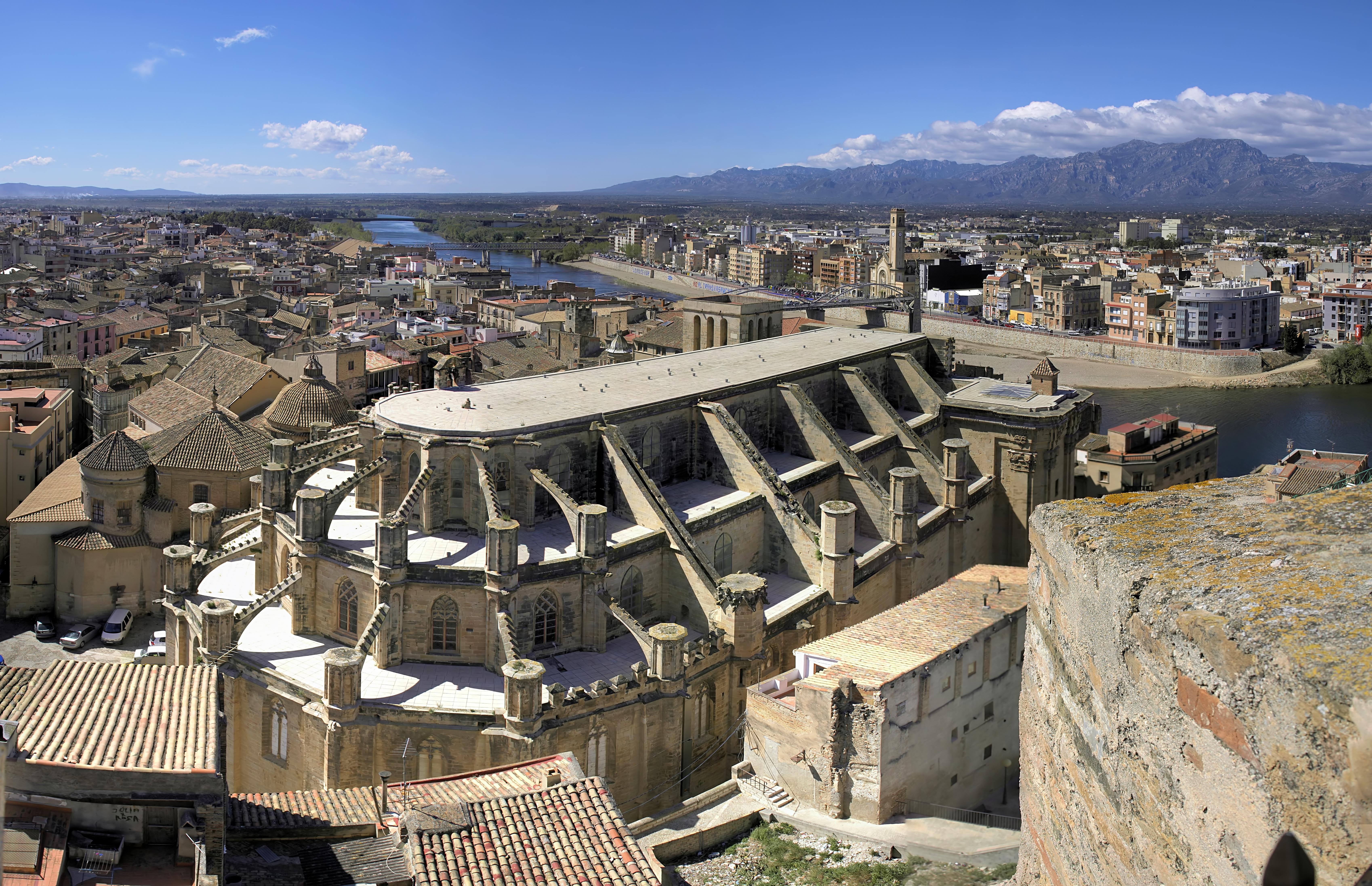 Tortosa Spain  city images : Tortosa town view Wikipedia, the free encyclopedia