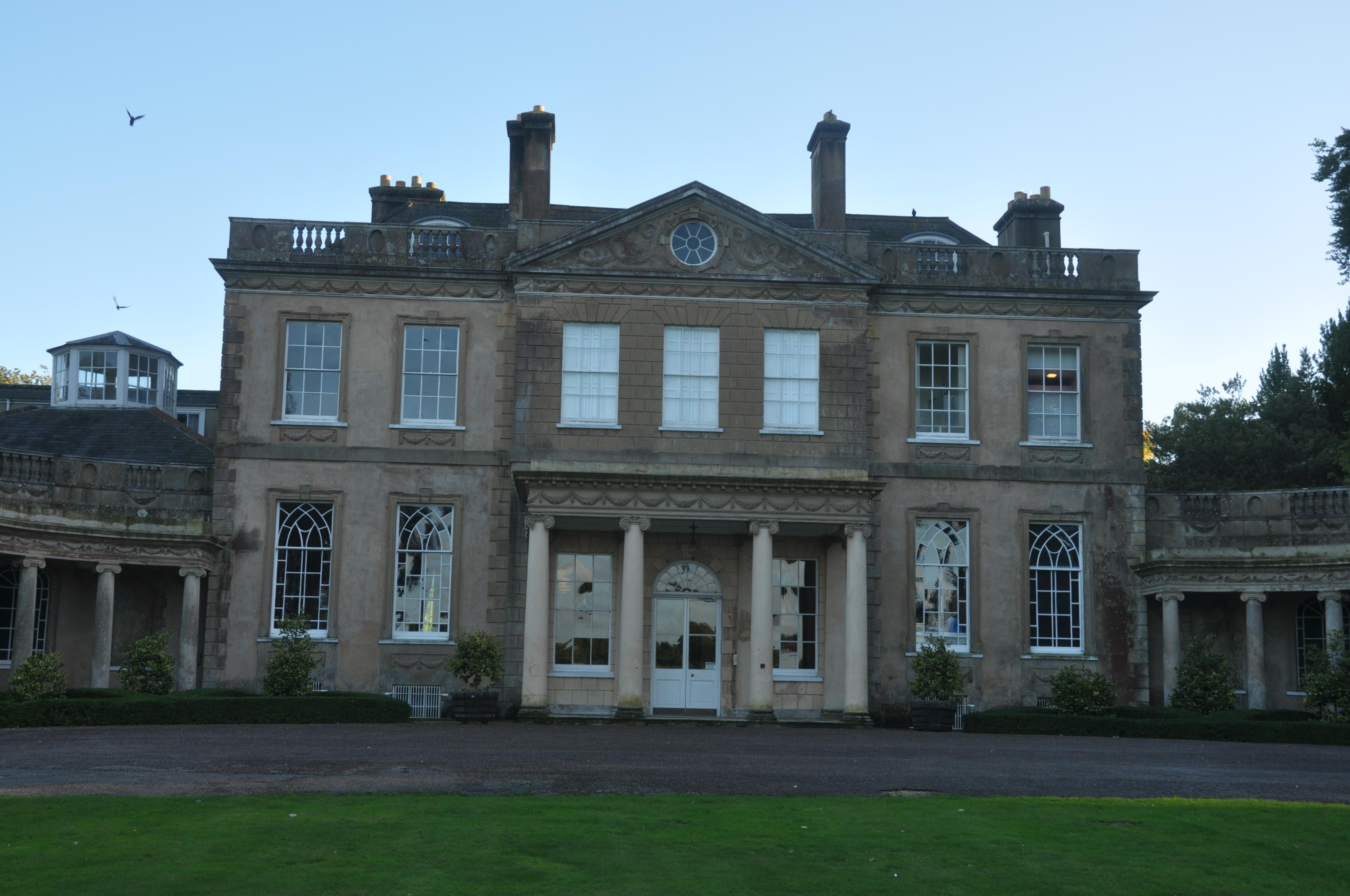 File:Upton House, Poole (2473).jpg