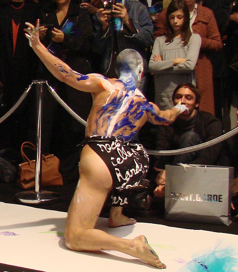 file bodypainting performance dans lexposition