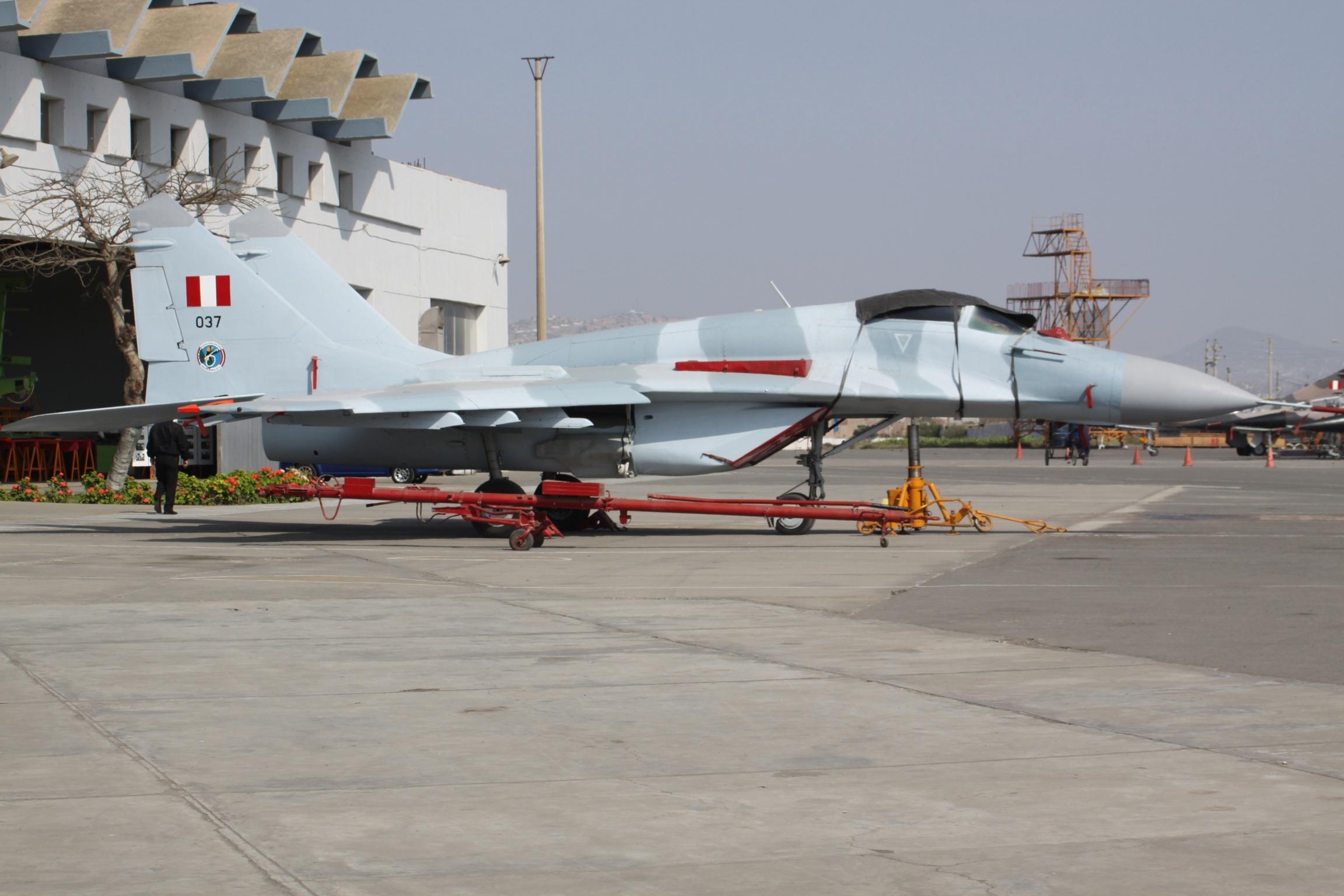 File 037 Mikoyan Mig 29 Peruvian Air Force 7508530532