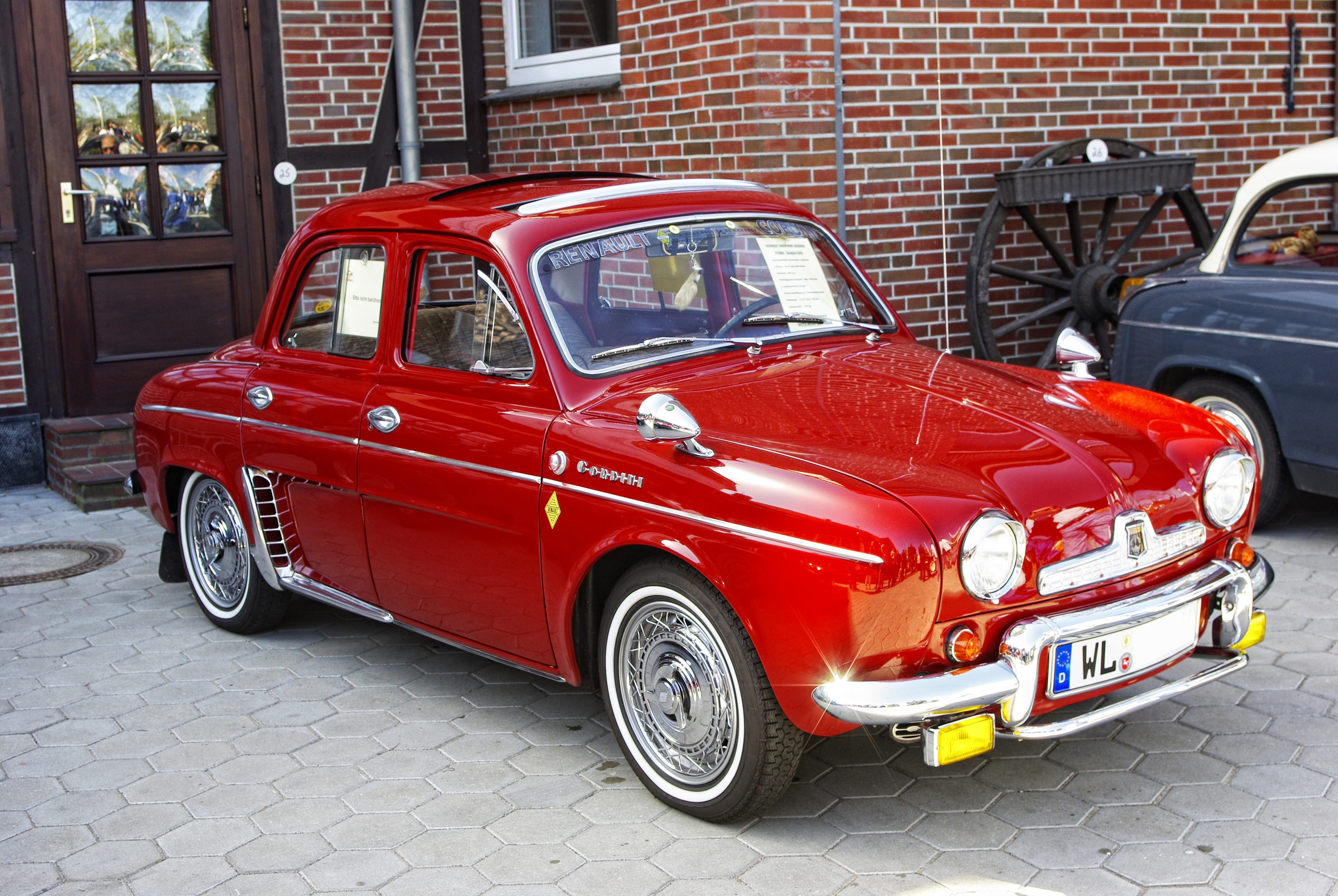 Fichier 1965 Renault Dauphine R1095 Gordini 02 Jpg Wikipedia