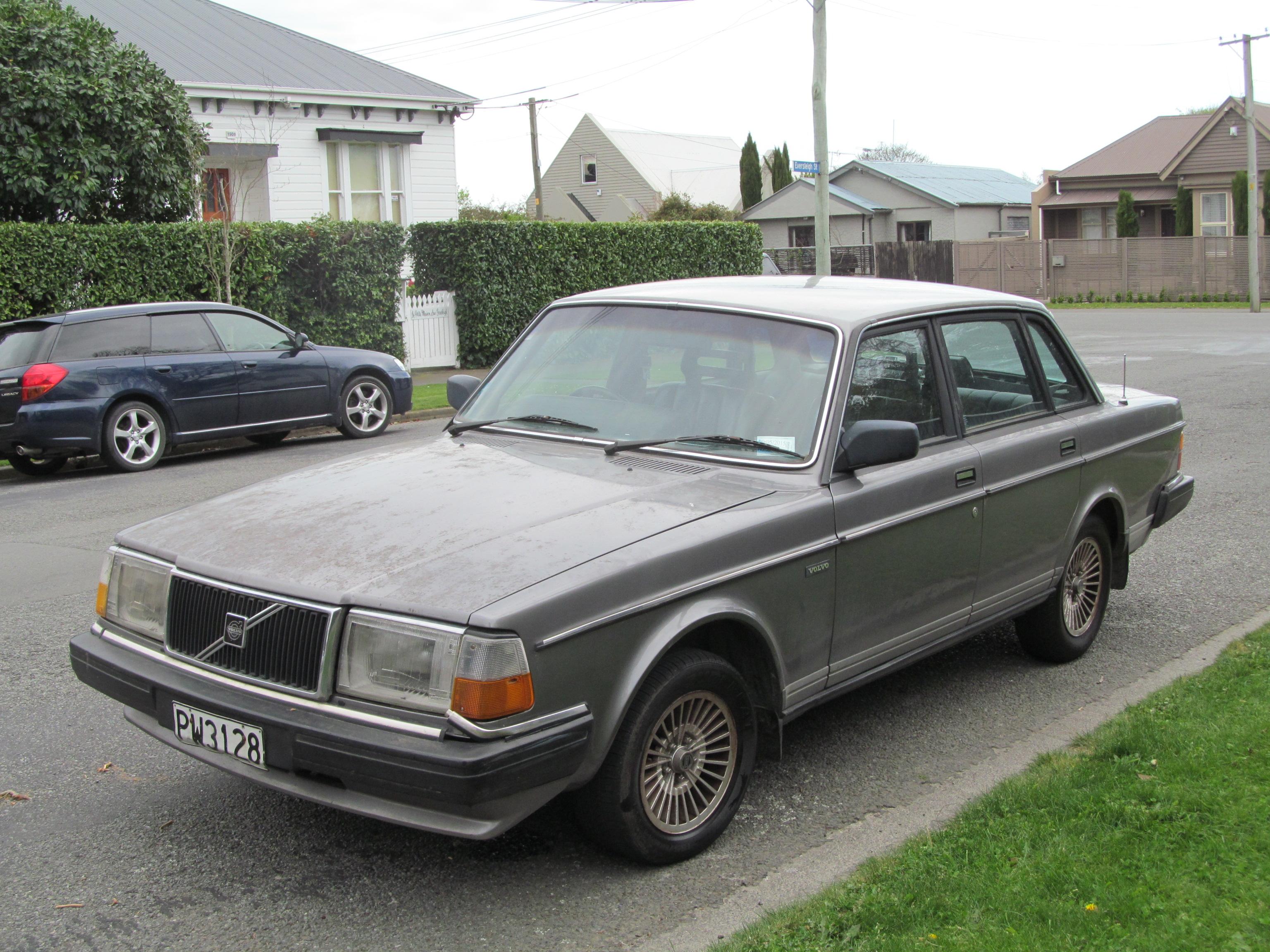 1987 volvo 240