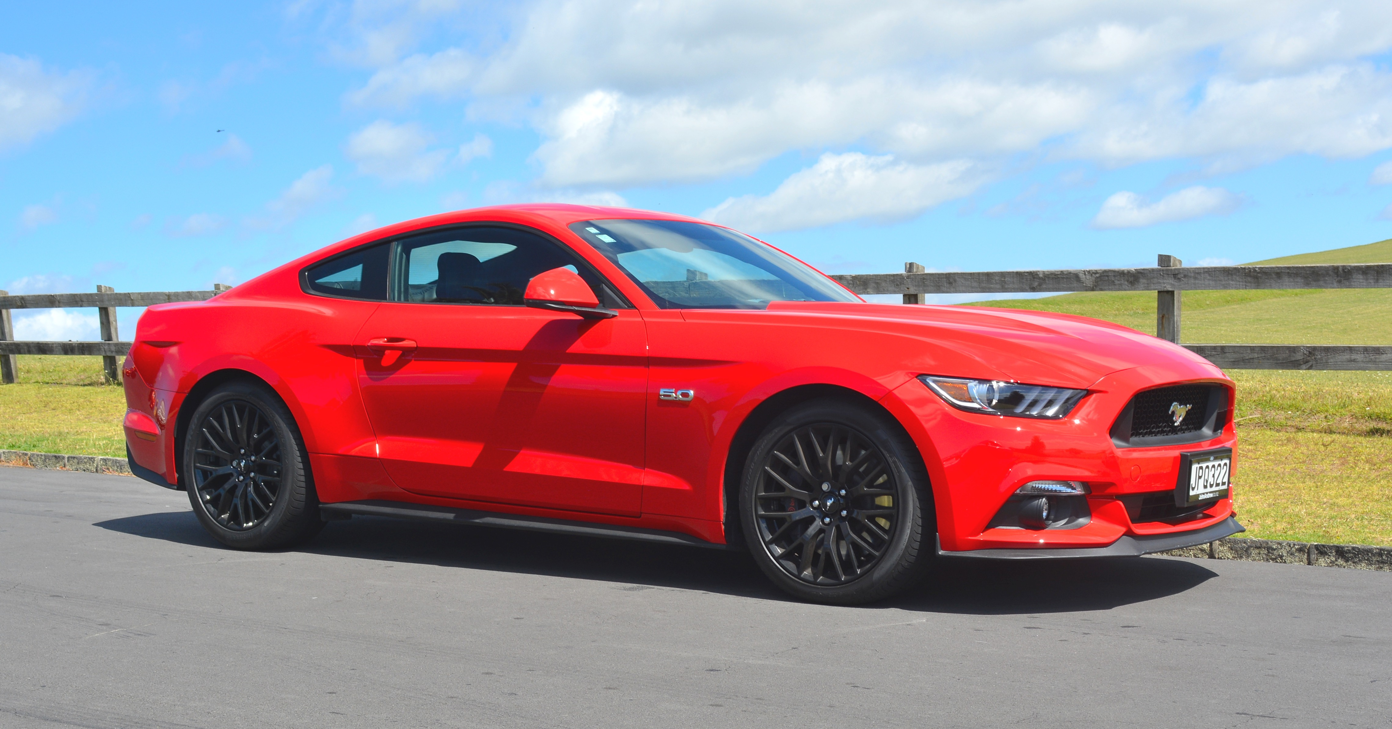 File2016 ford mustang 5 0l fastback 5 0 32016716503 jpg