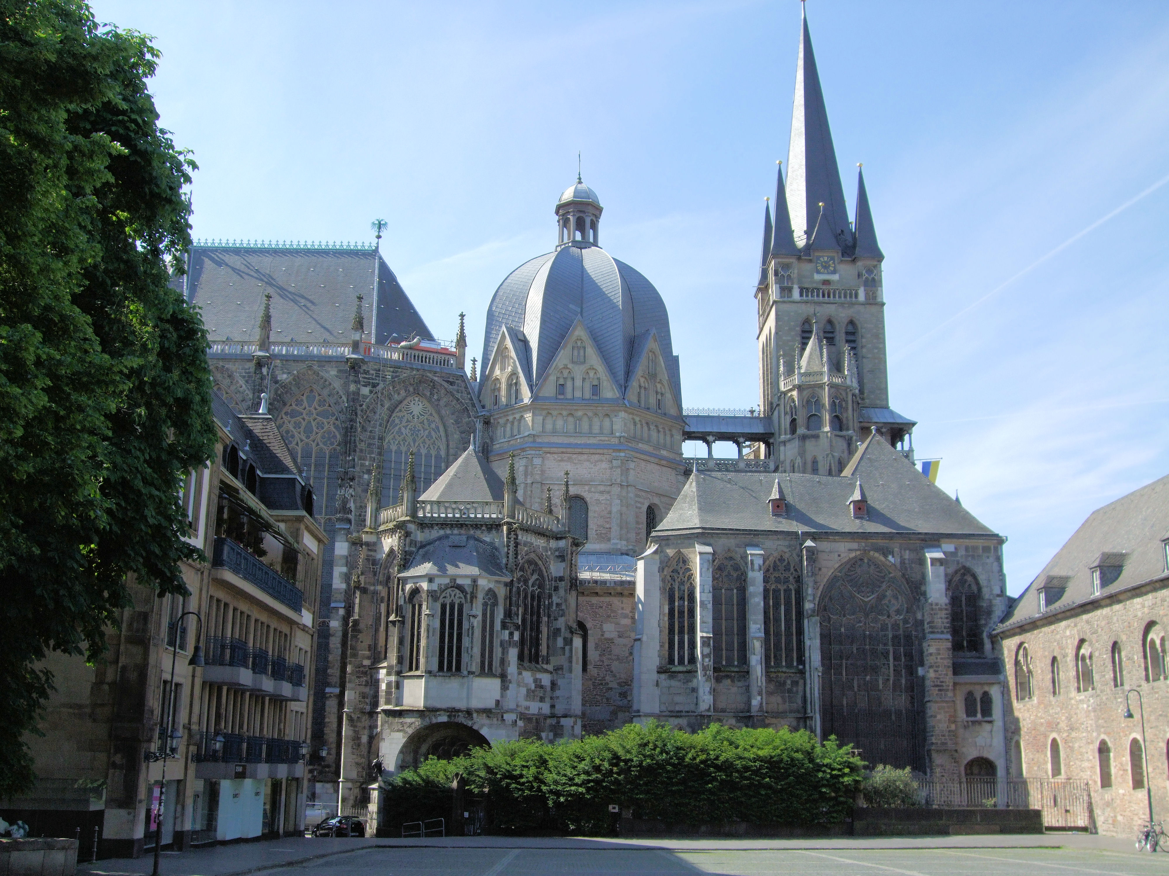 Aachen cathedral and palatine chapel for Designburo aachen