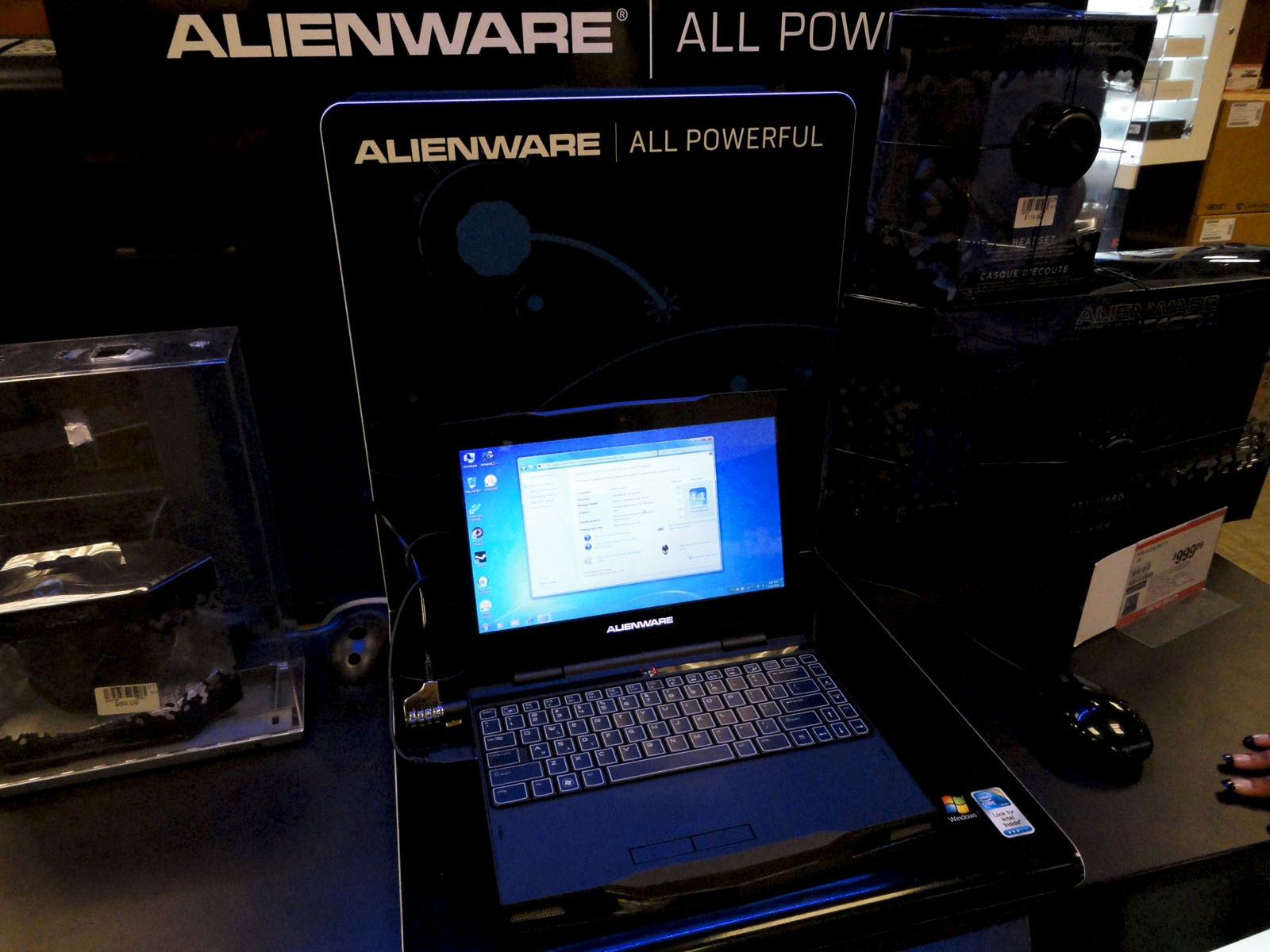 Exhibition Stand Usa : Alienware wikipedia