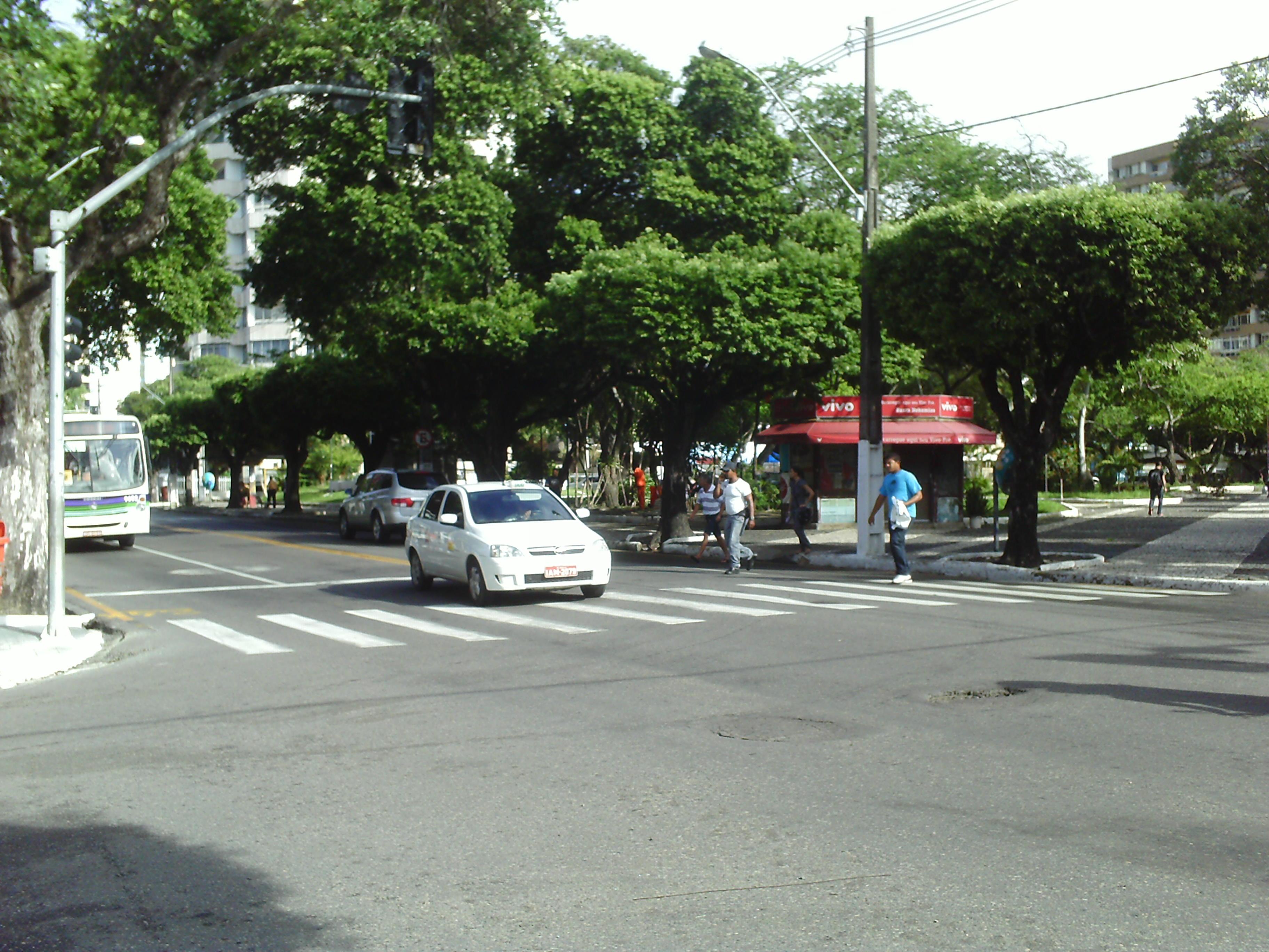 File Avenida Barão de Maruim, Praça Camerino.JPG - Wikimedia Commons 2a96ed191b