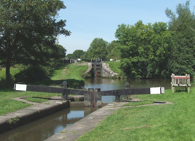 Bosley Locks 10 and 11, Macclesfield Canal, Cheshire - geograph.org.uk - 550313