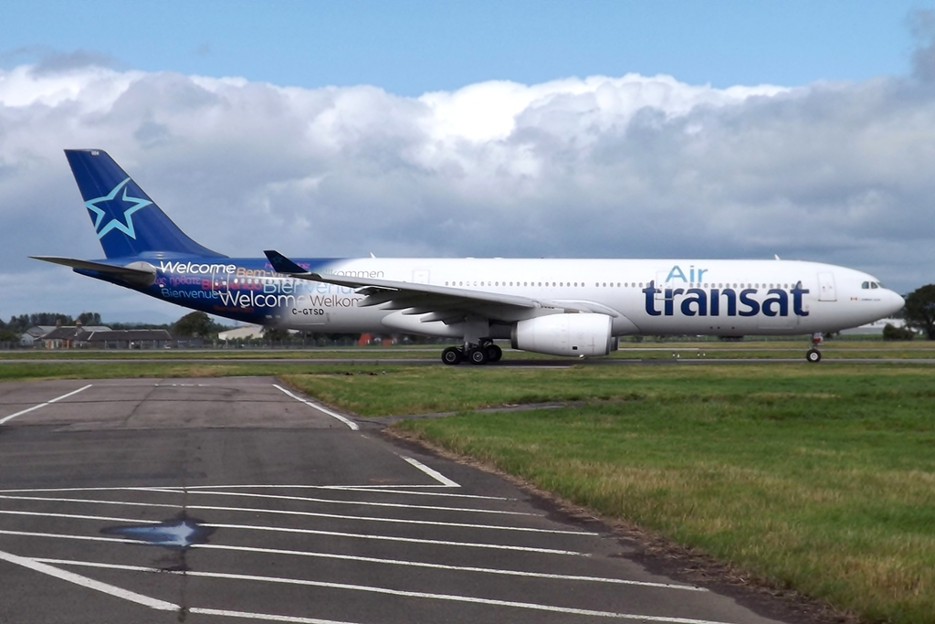 file c gtsd a330 air transat 9548320537 jpg wikimedia commons