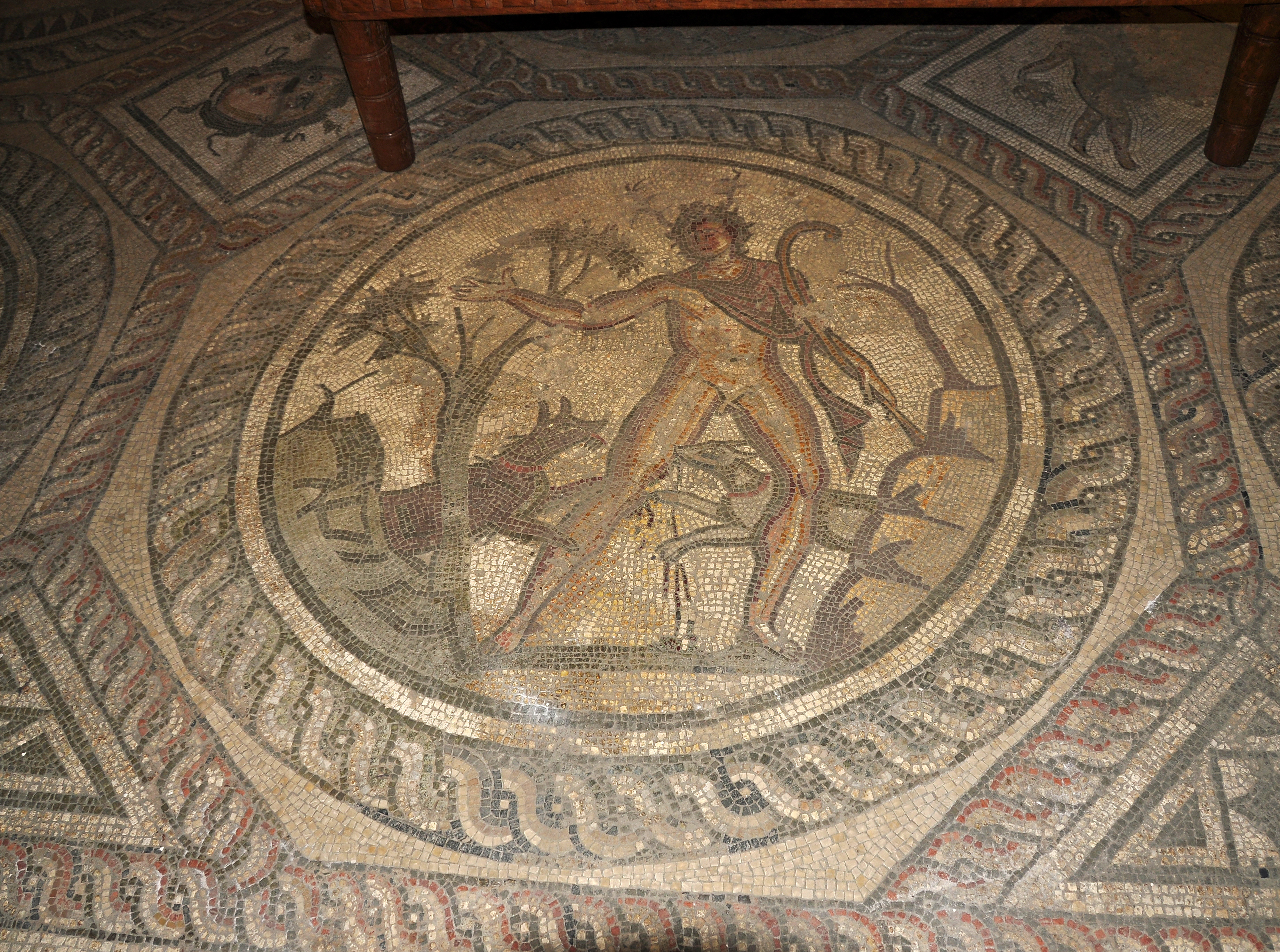Corinium Museum Mosaics File:corinium Museum 08.jpg