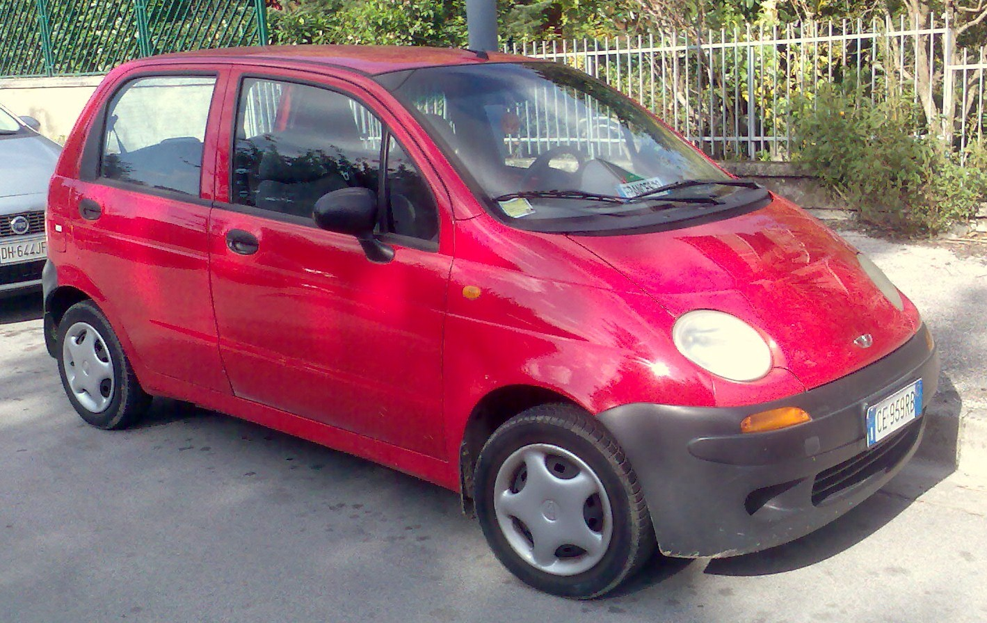 File:Daewoo Matiz M100 red.jpg - Wikimedia Commons