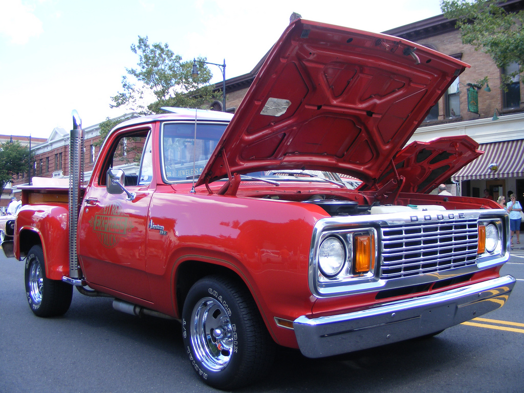 File:Dodge Lil Red Express.jpg - Wikimedia Commons