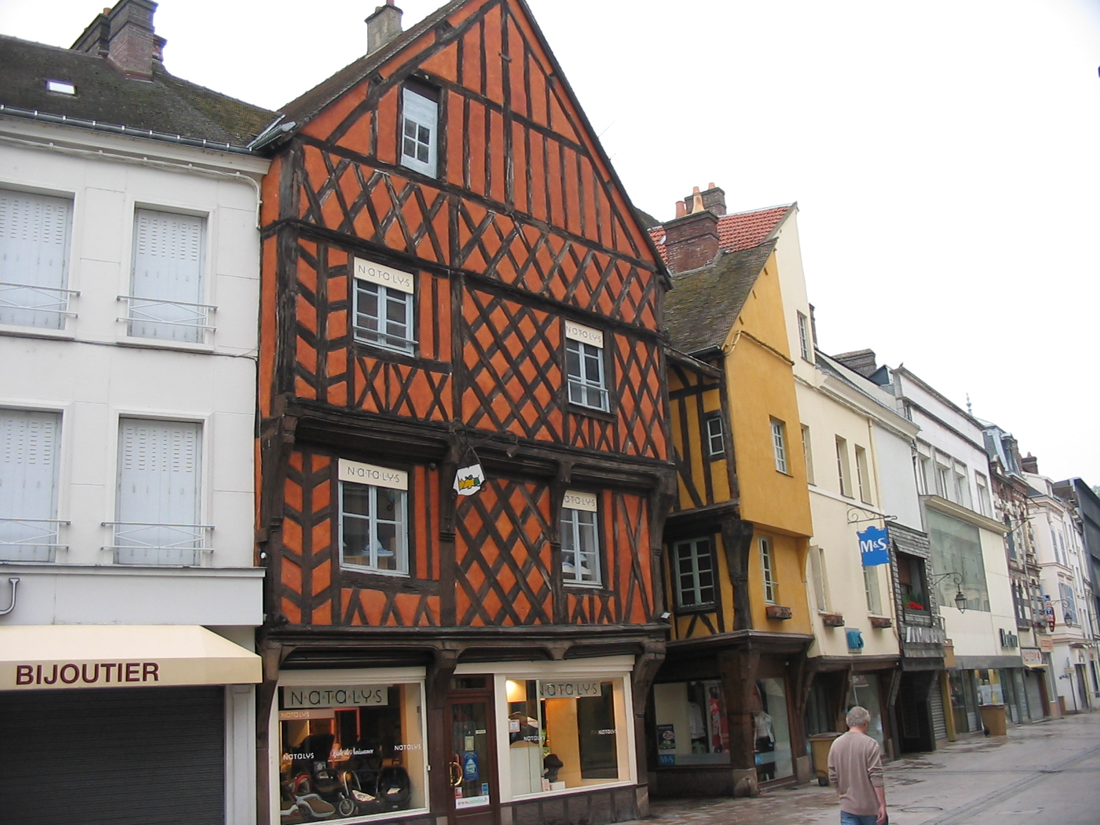 Dreux France  city photos : Dreux Rue Wikimedia Commons