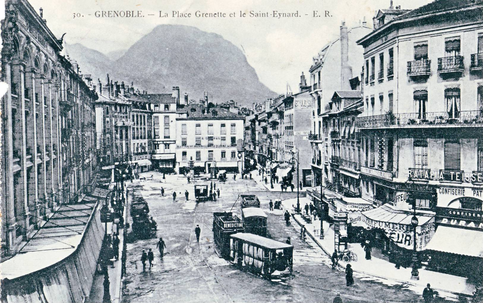 file er 30 grenoble la place grenette et le st eynard jpg wikimedia commons. Black Bedroom Furniture Sets. Home Design Ideas