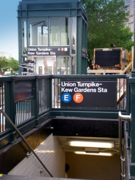 Elevator Entrance at the Kew Gardens%E2%80%93Union Turnpike station - Kew Gardens Union Turnpike Subway Stop