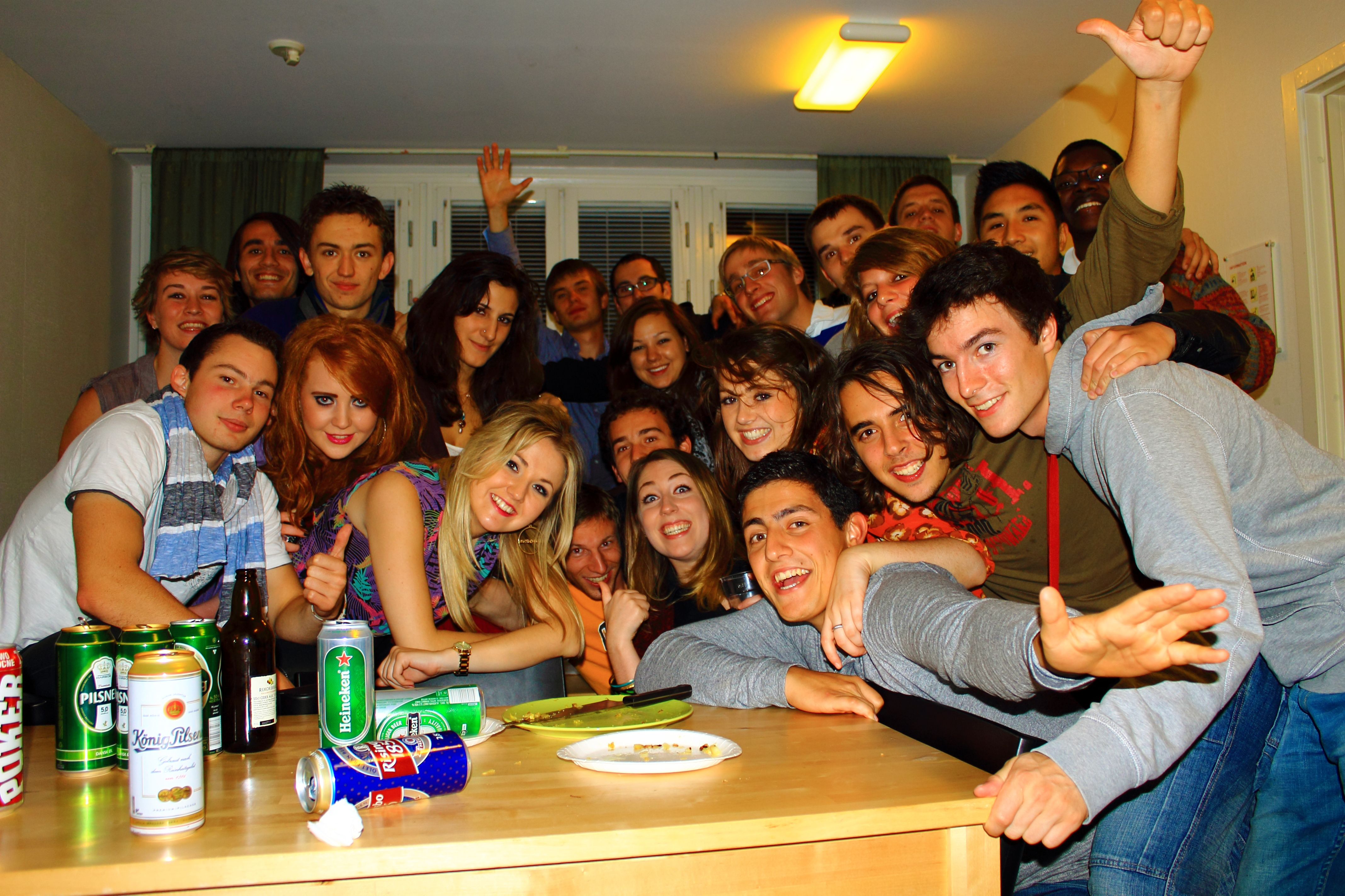File:Erasmus party.JPG...