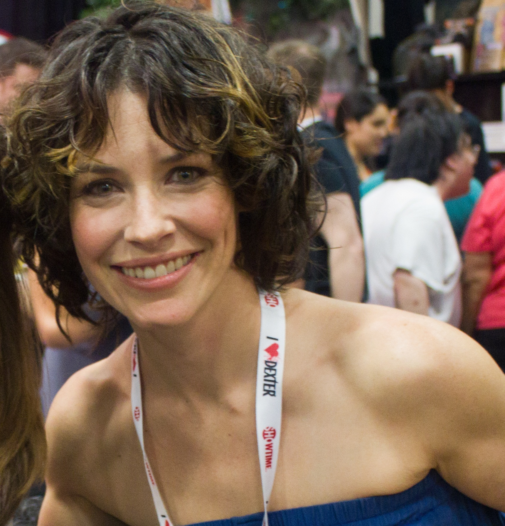 File Evangeline Lilly 2013 Sdcc Cropped Jpg Wikimedia